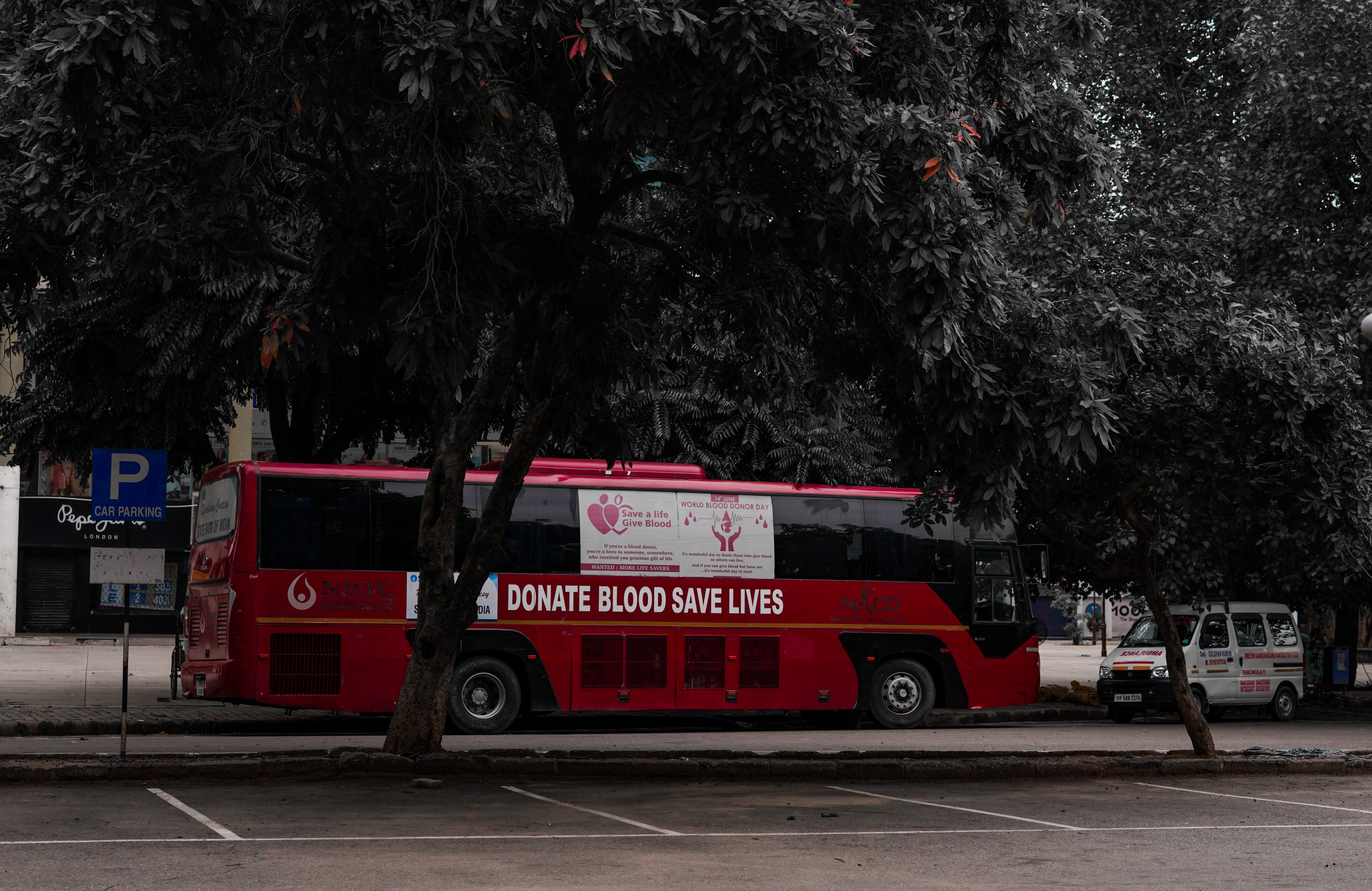 blood donor bus