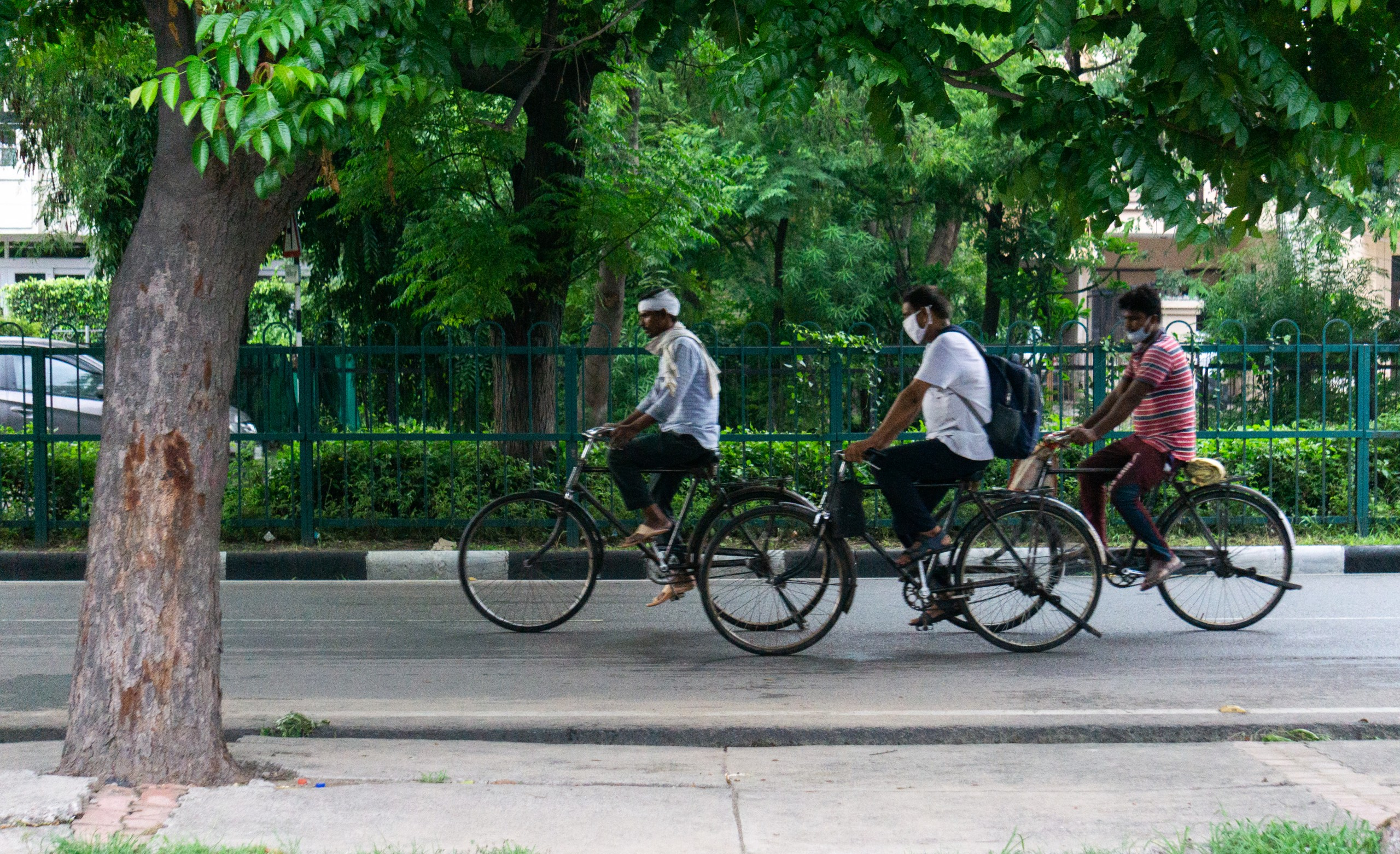 indian cyclists going to work