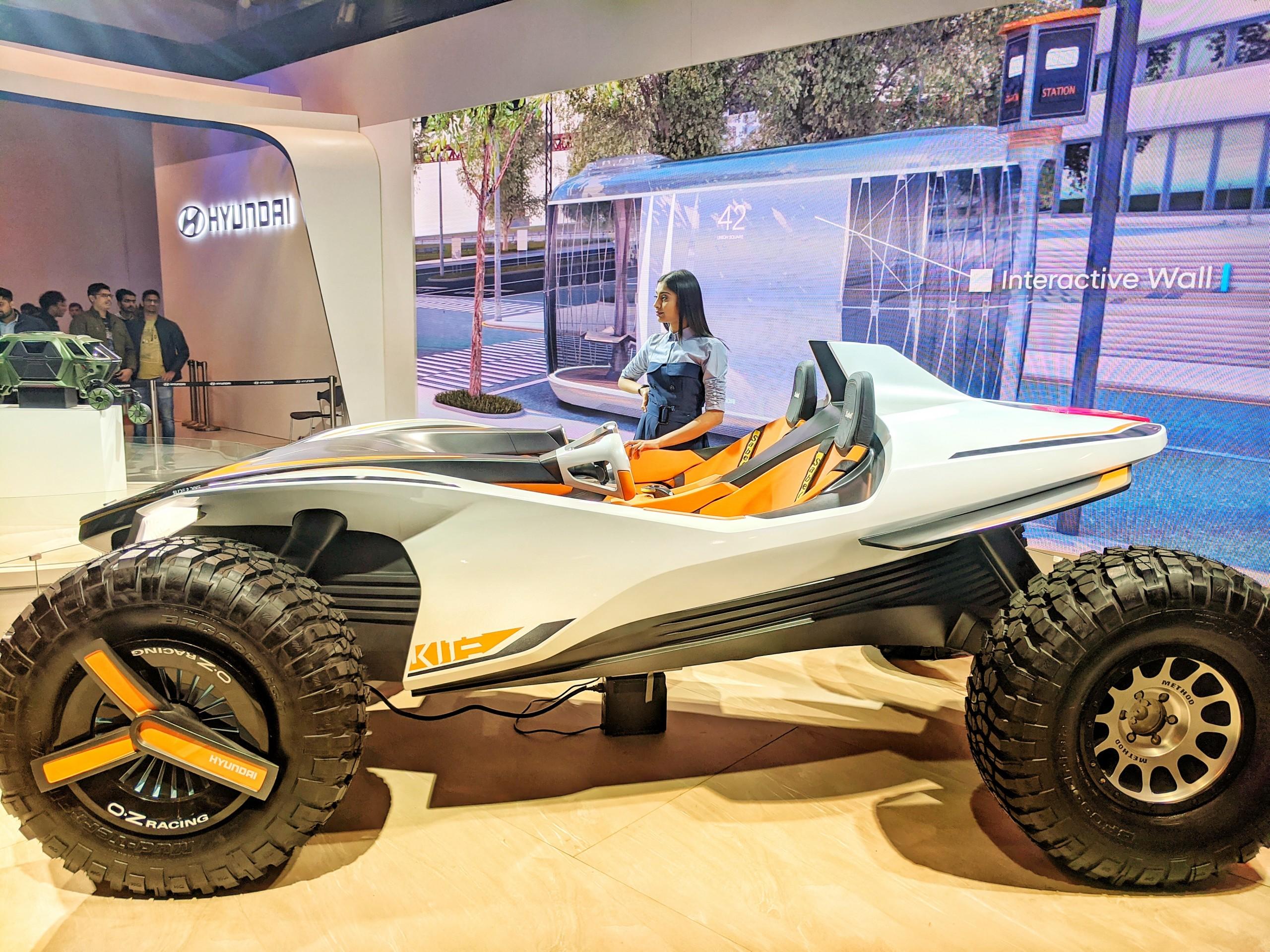 Auto expo automobile