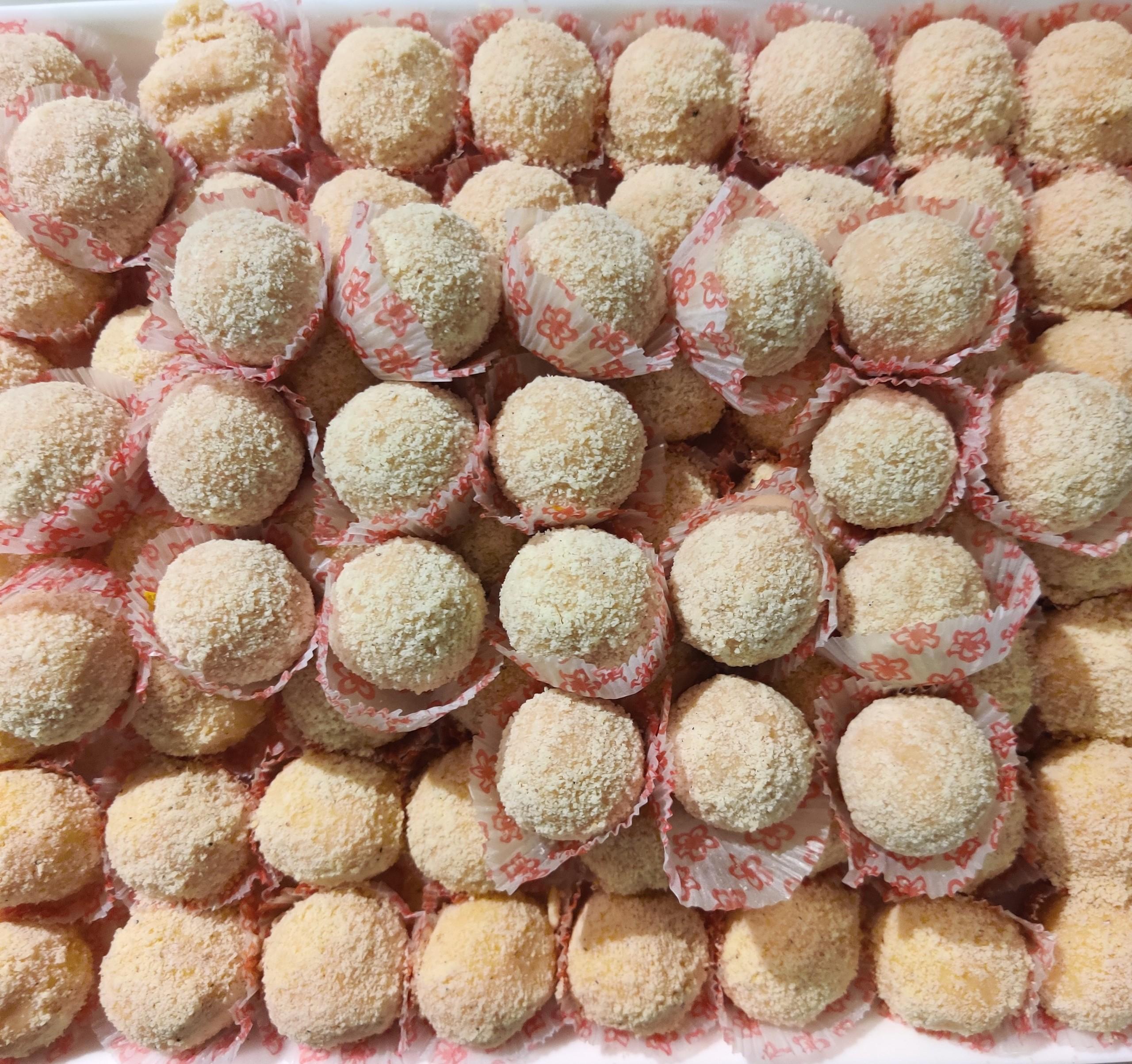 Bengali sweet kheer kadam