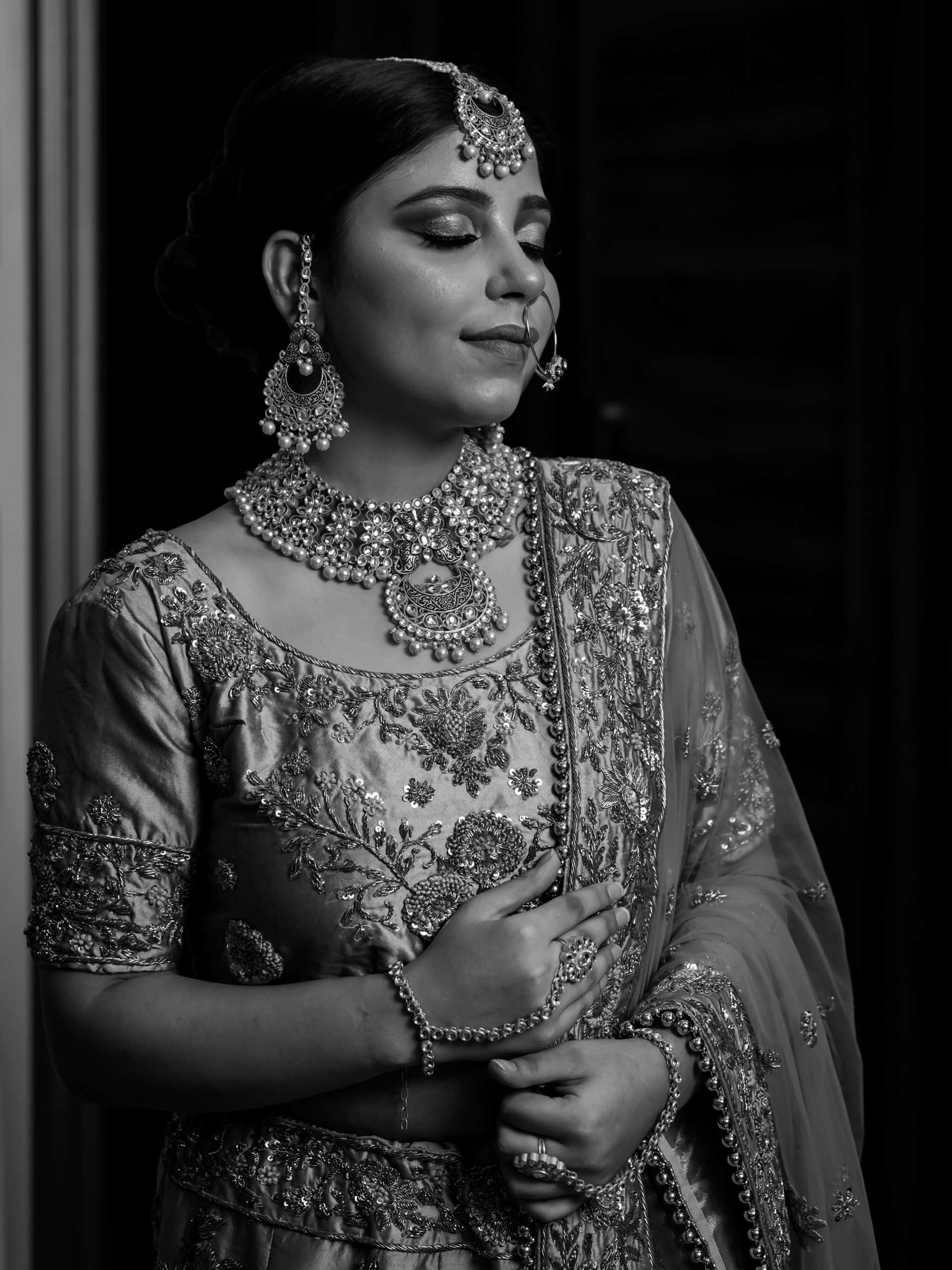 Bride look in black and white
