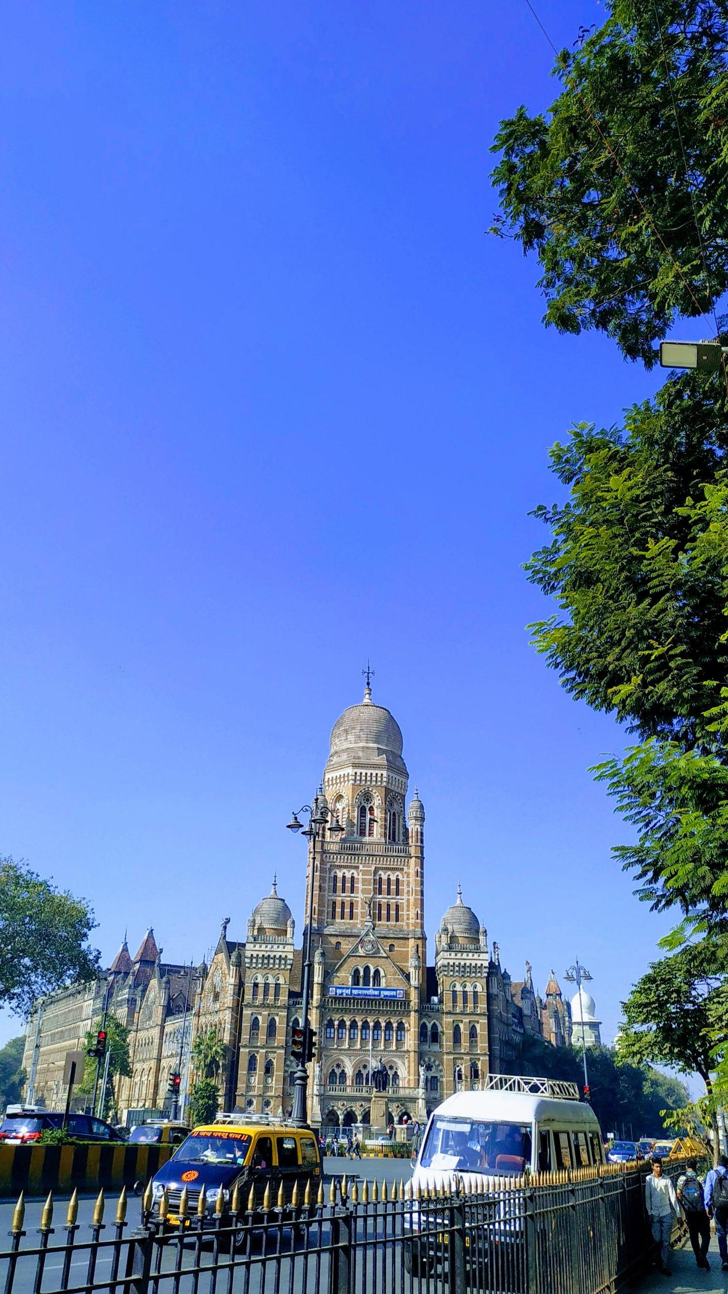 CST Mumbai roadside view