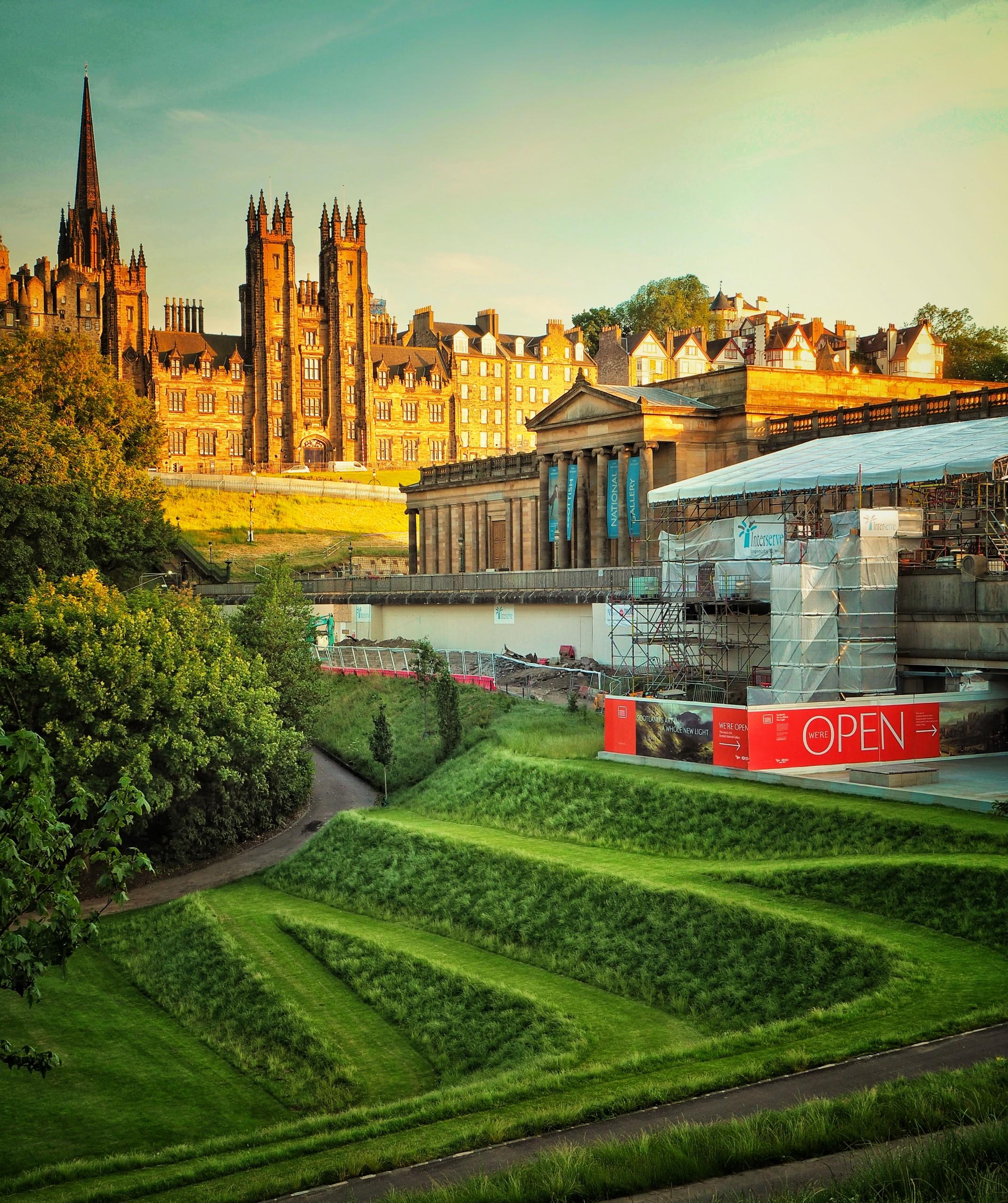 Edinburgh Museum with garden