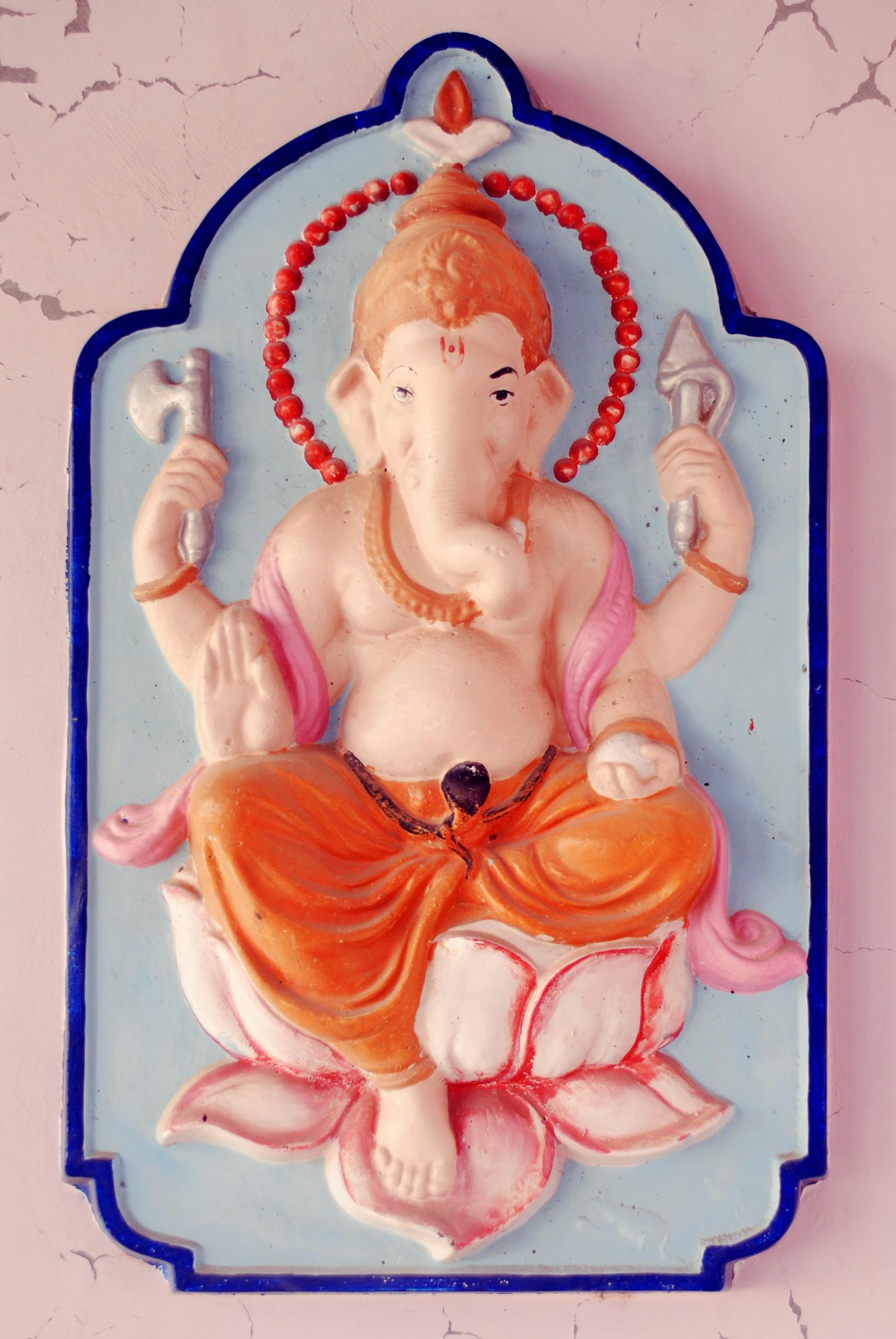 Hindu God GaneshJi Statue