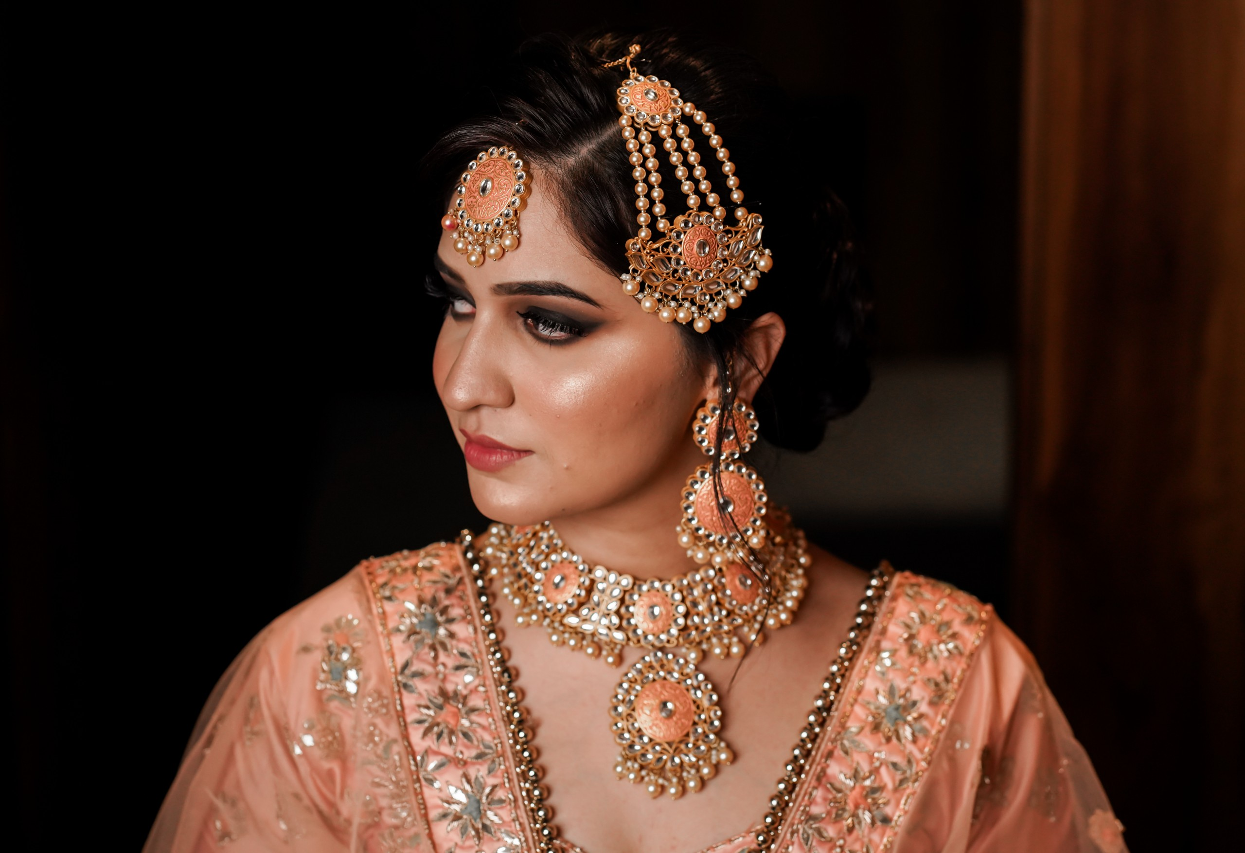Image of a gorgeous Indian bride traditionally dressed