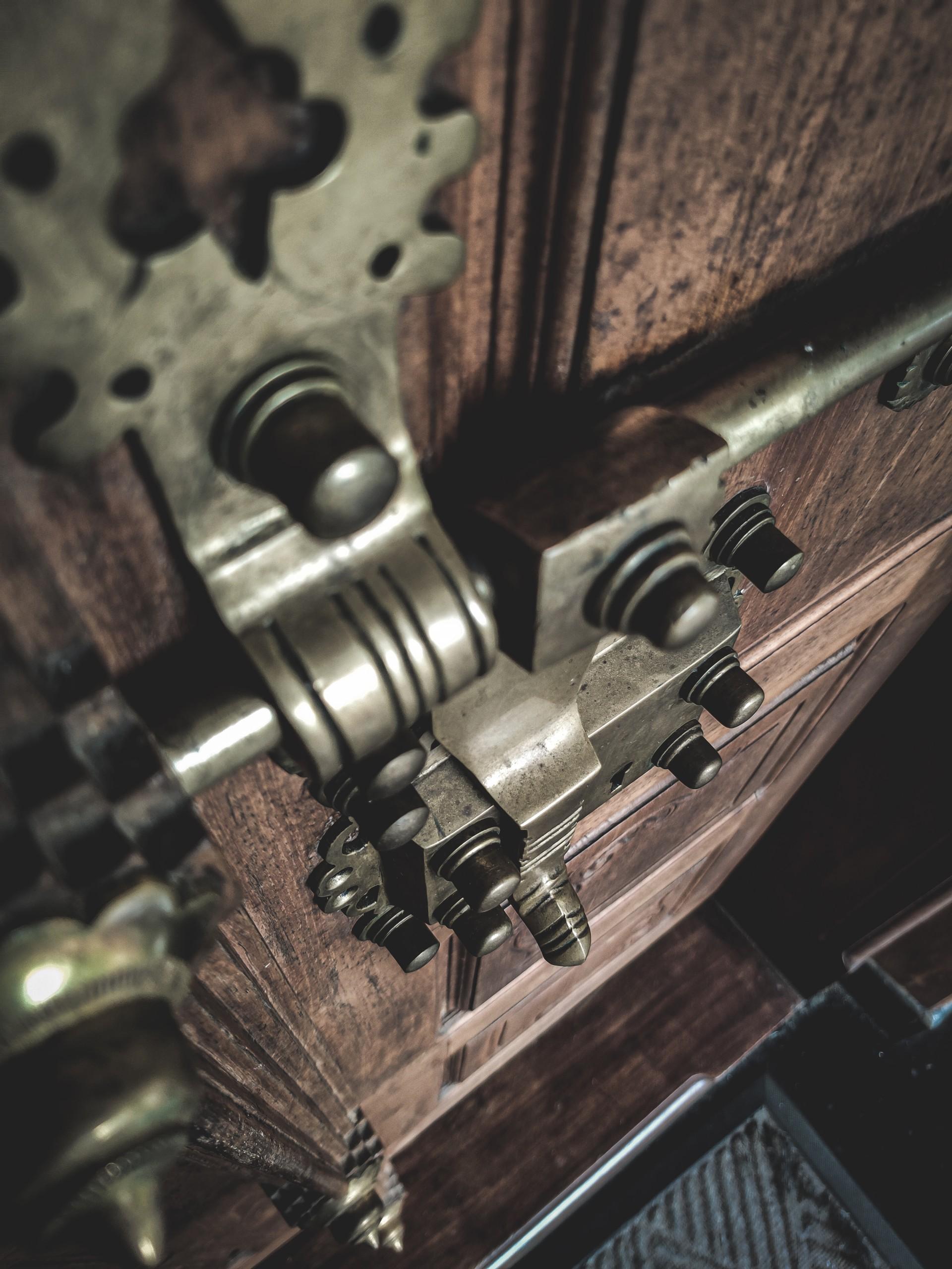 door lock latch security