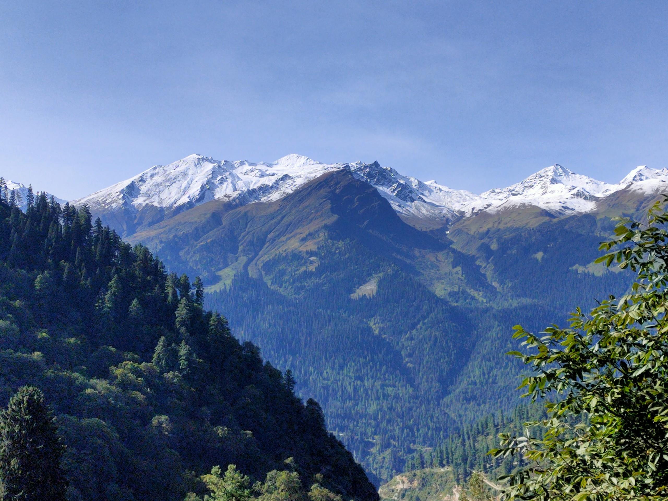 Manali Mountains in Himachal Pradesh