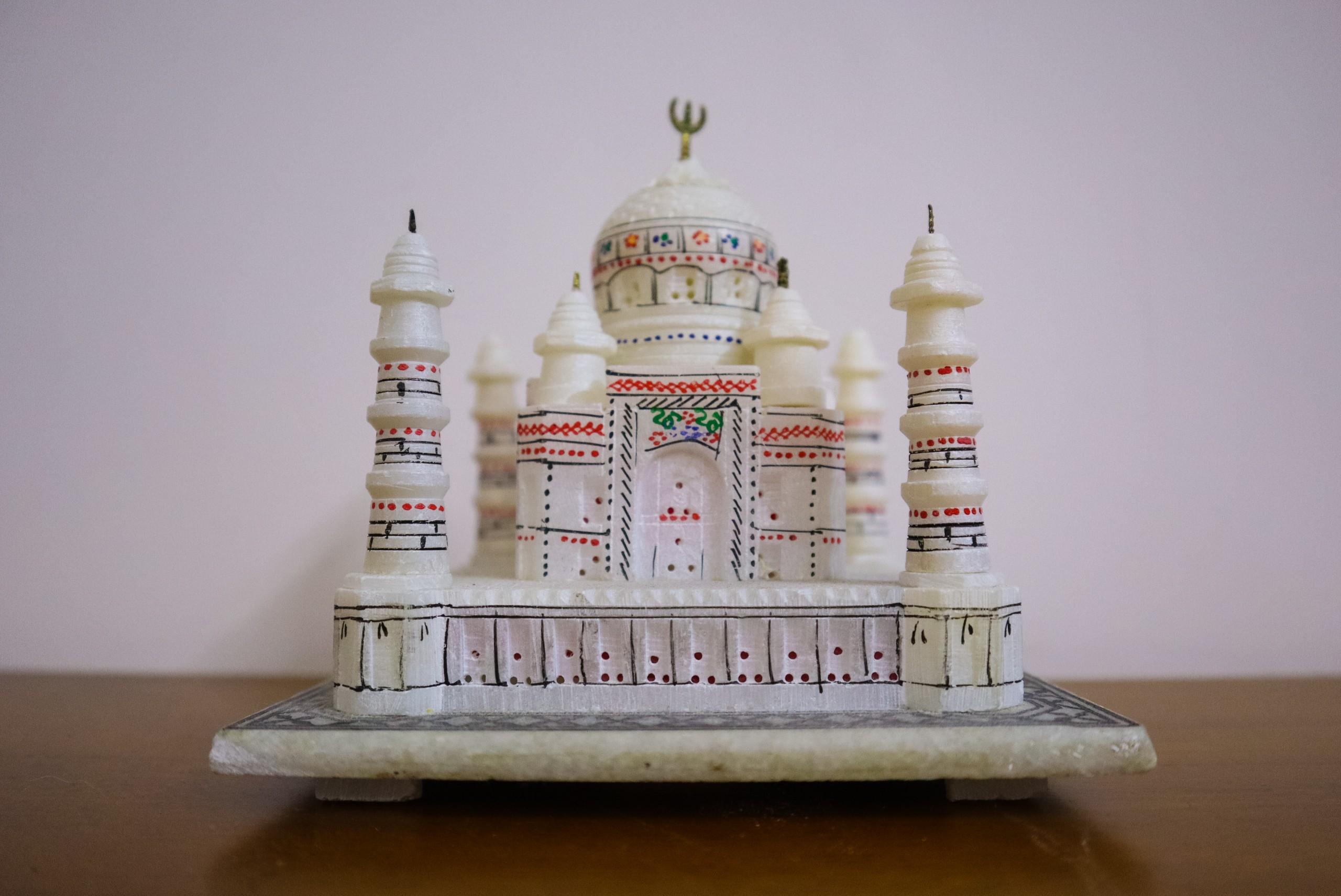 Marble Showpiece of Taj Mahal