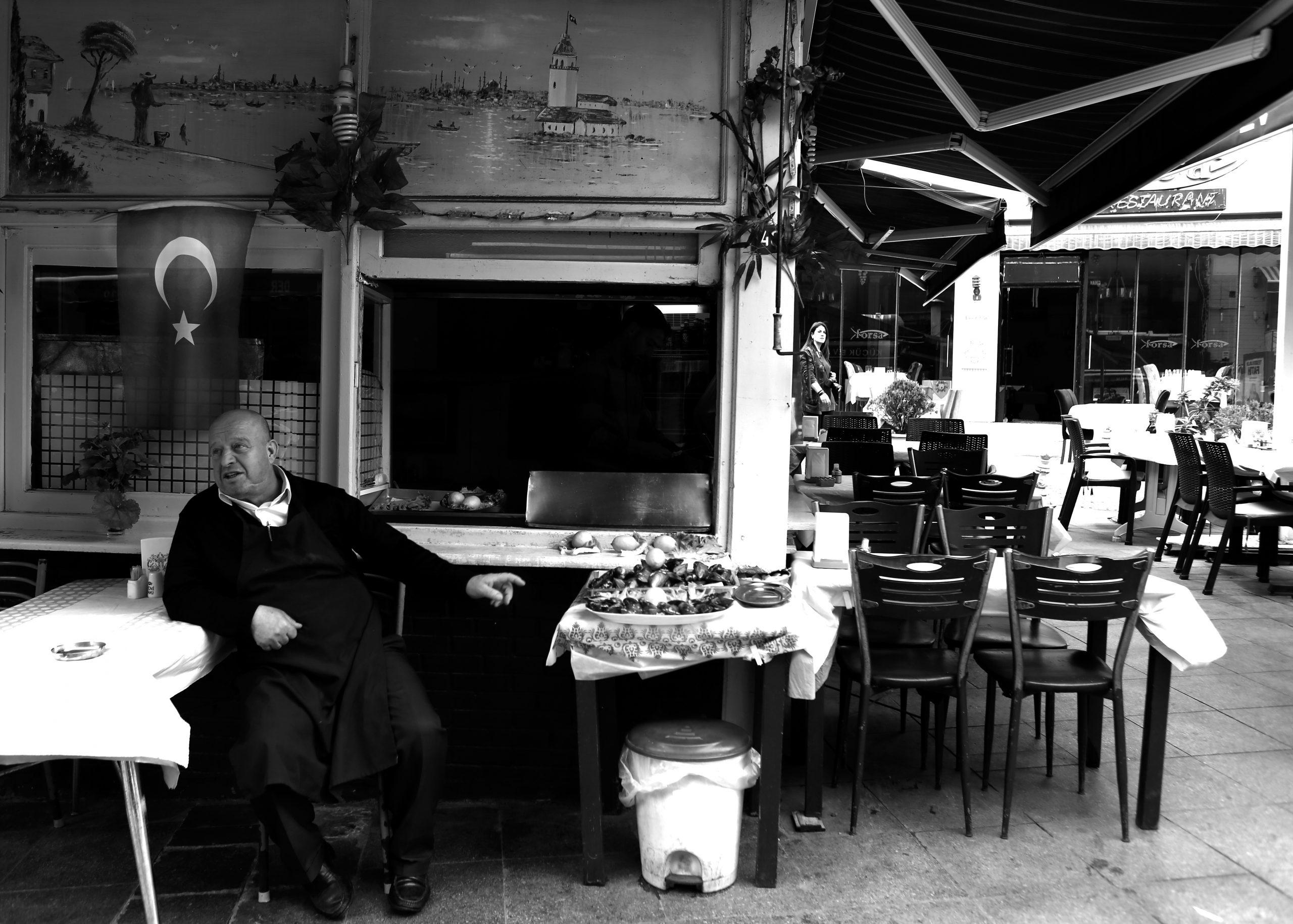 Mussel seller in Istanbul