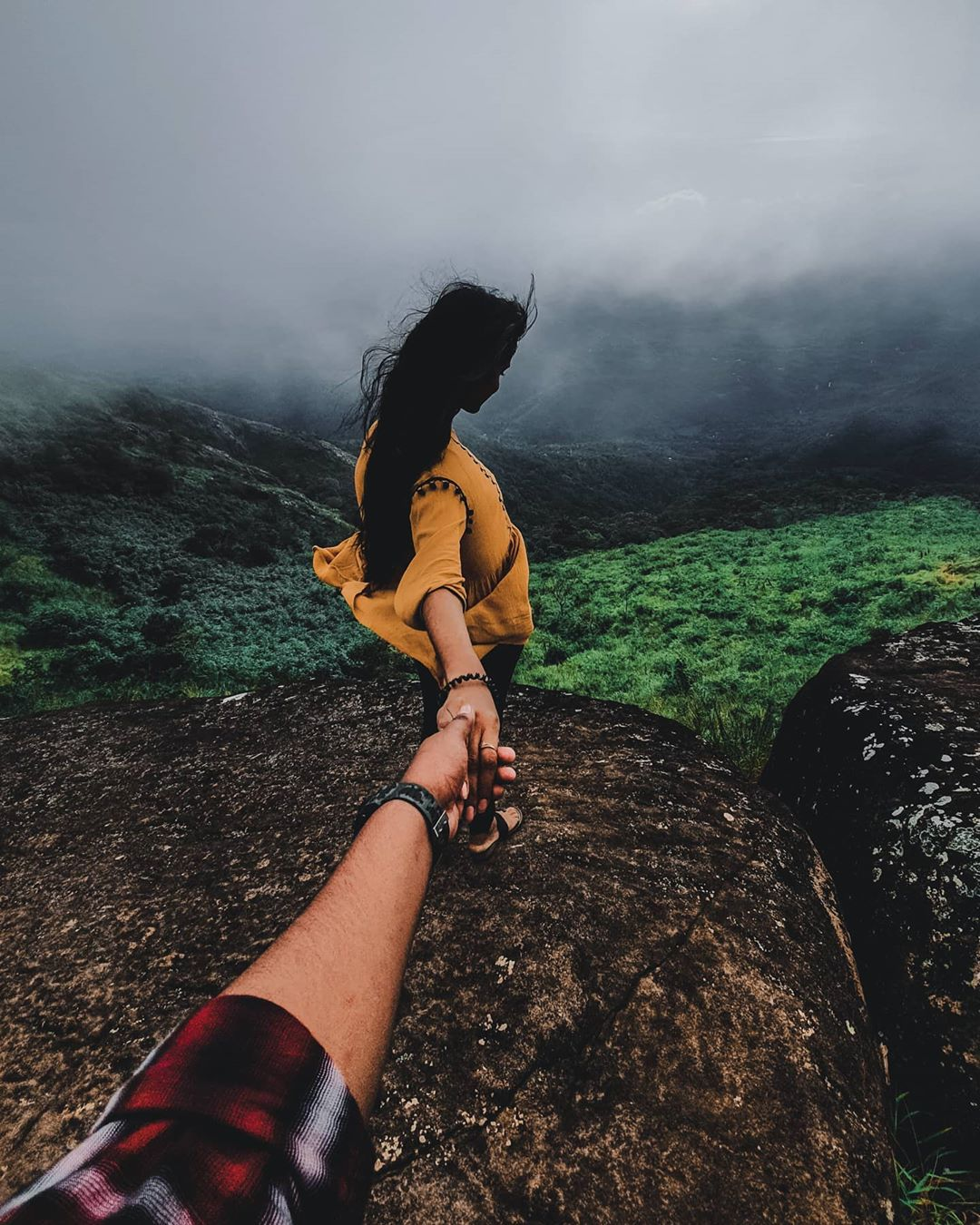 Holding hands in the mountain