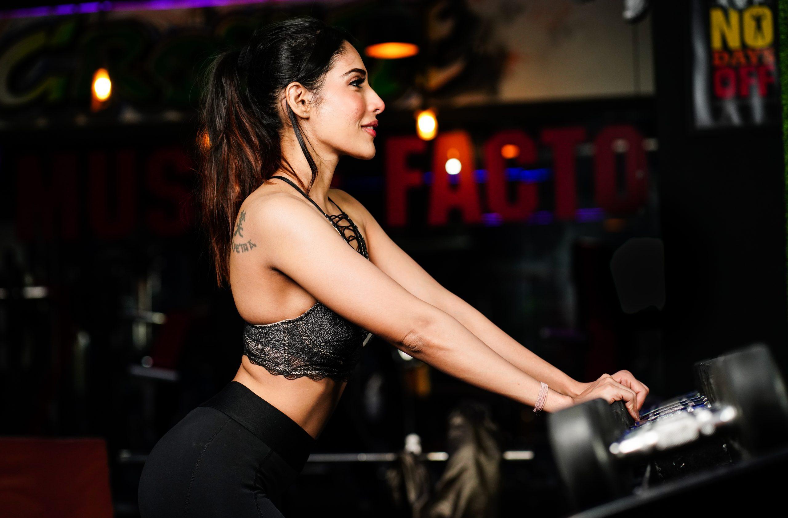 Slim Girl in gym