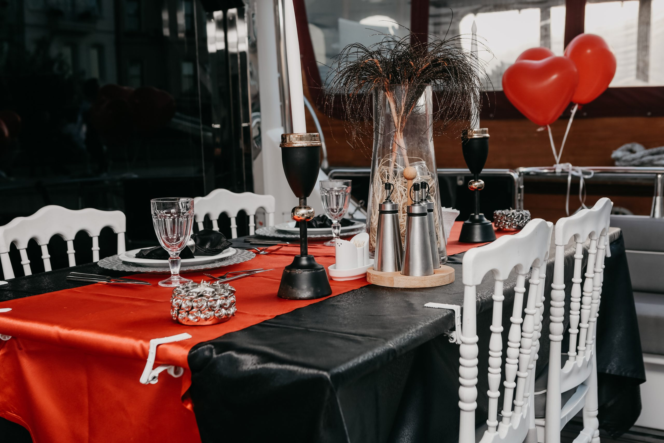 A valentine table