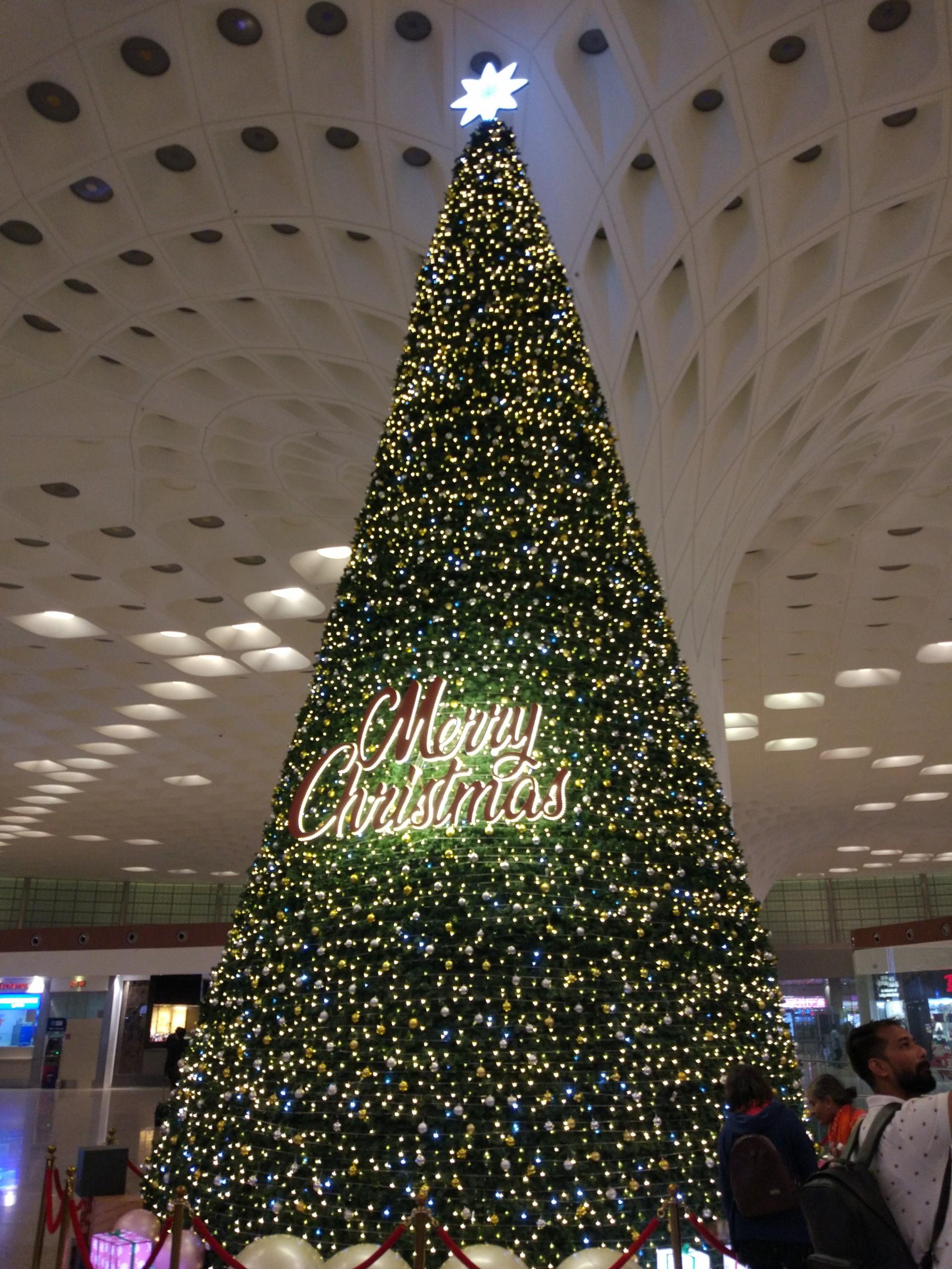 X'mas tree at Mumbai Airport