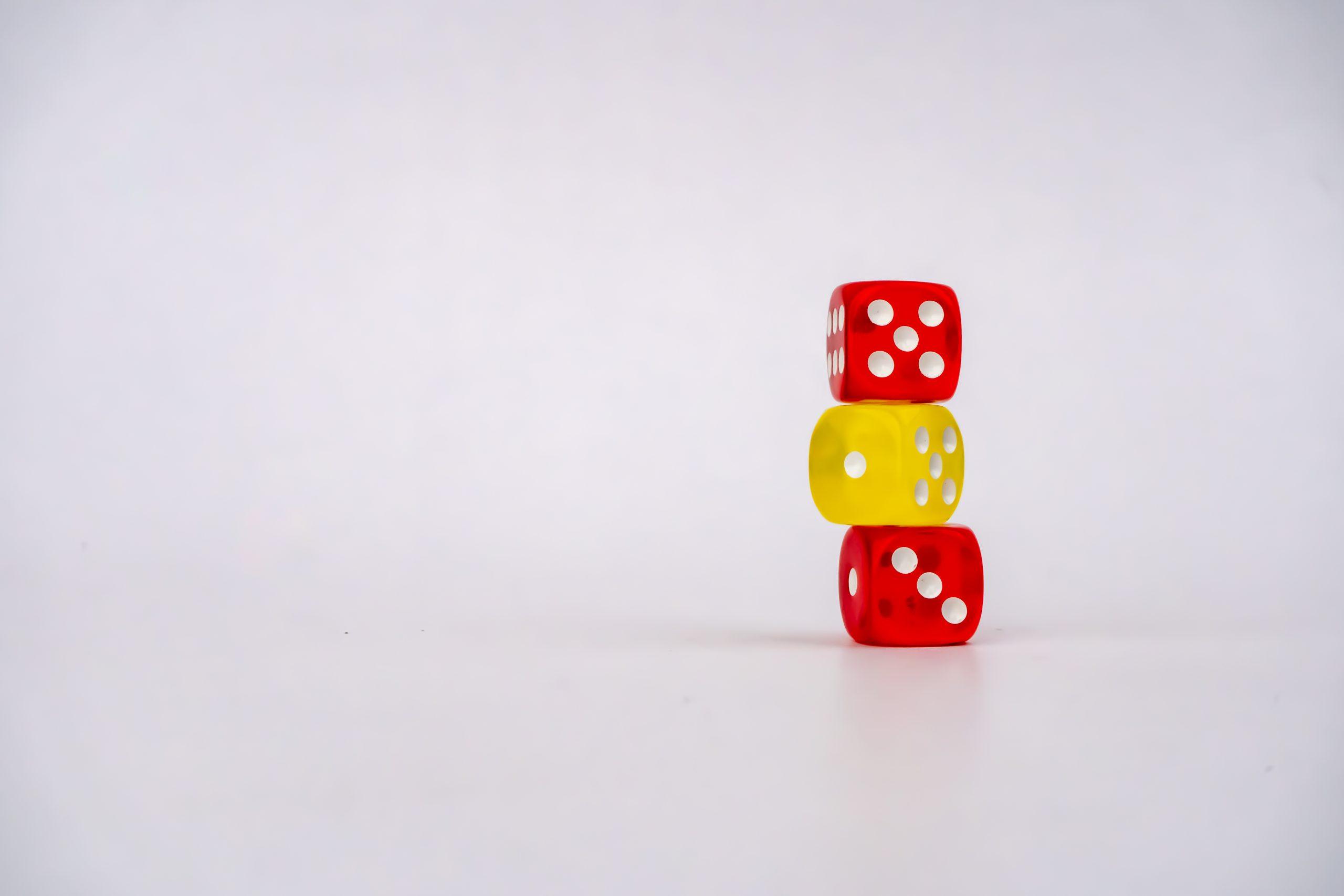 3 dice balancing
