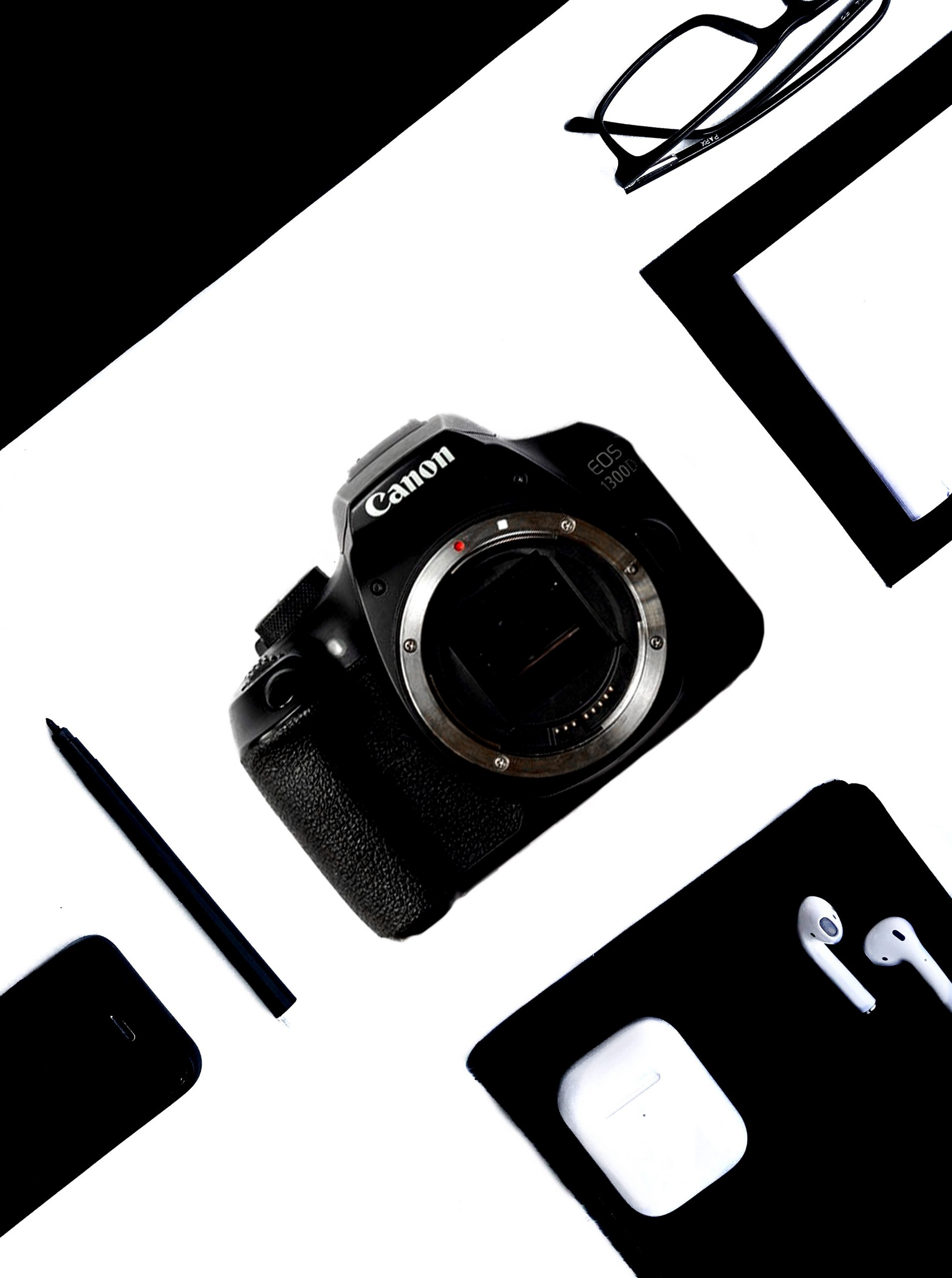A flat lay photo of Canon 1300d