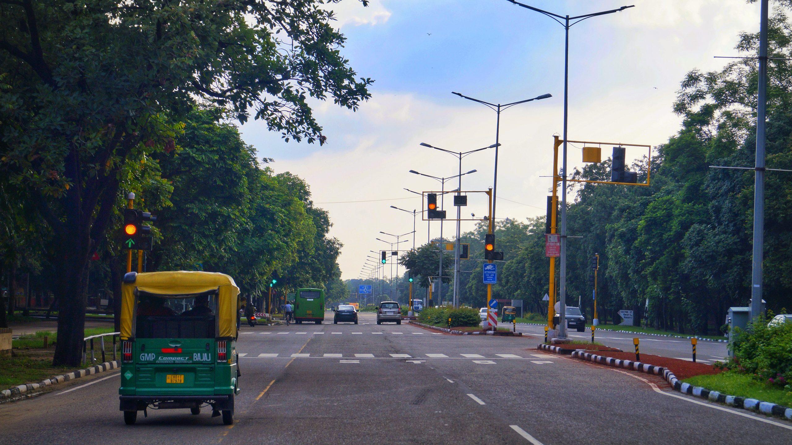 roadway in a city