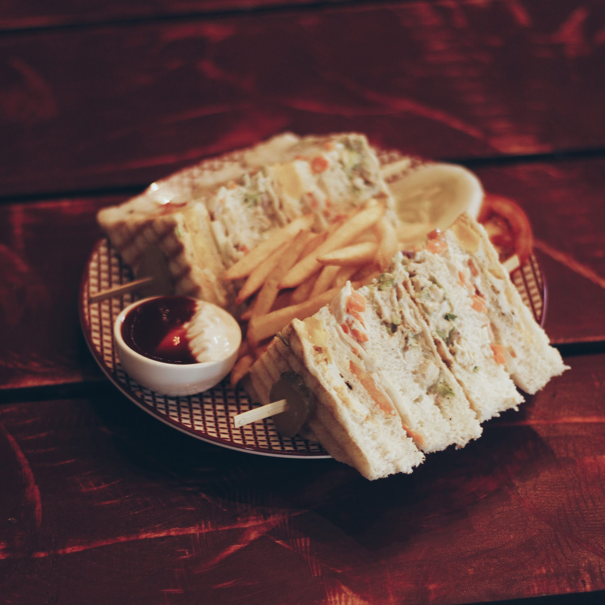 Club sandwich in a plate