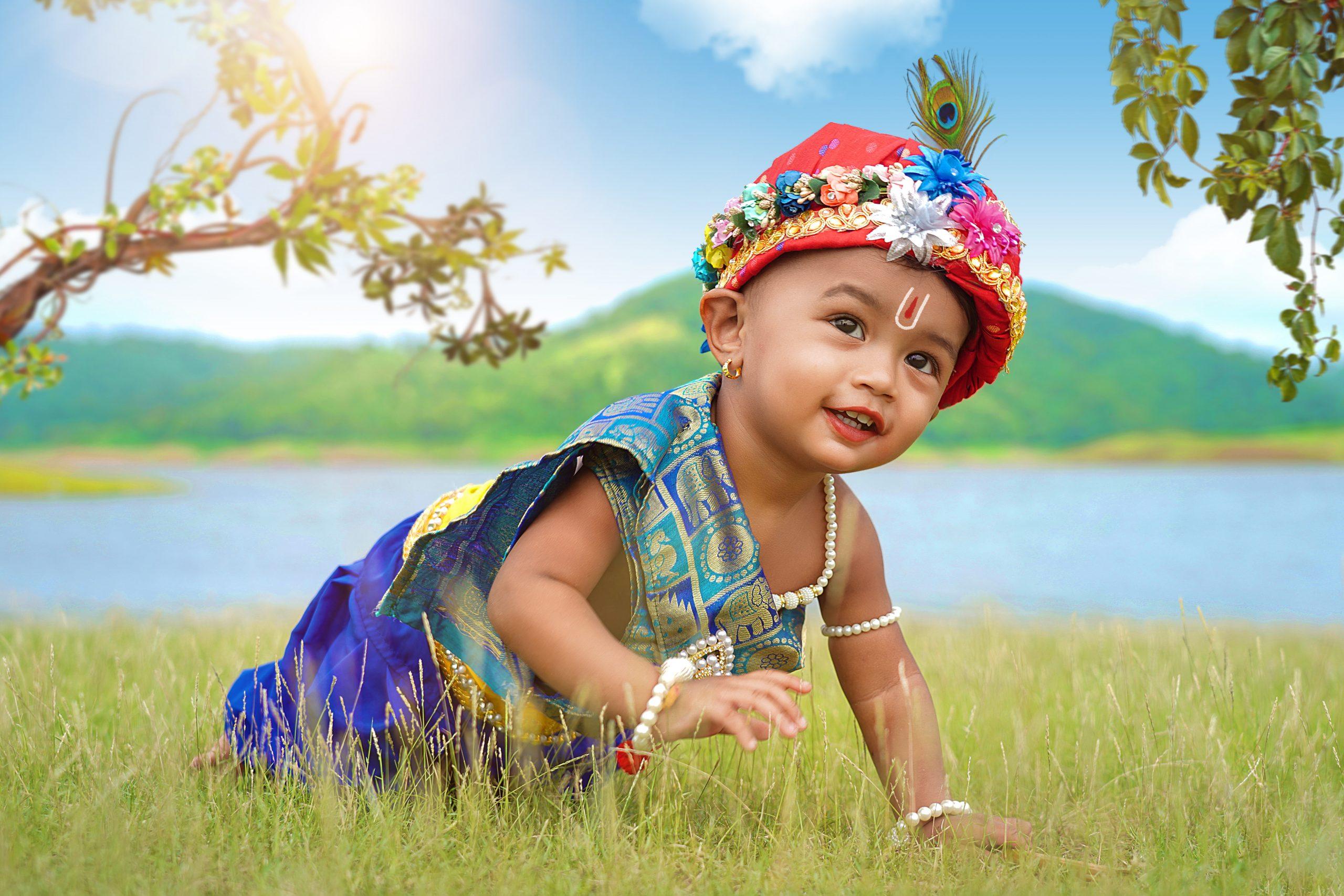 Crawling Baby Krishna