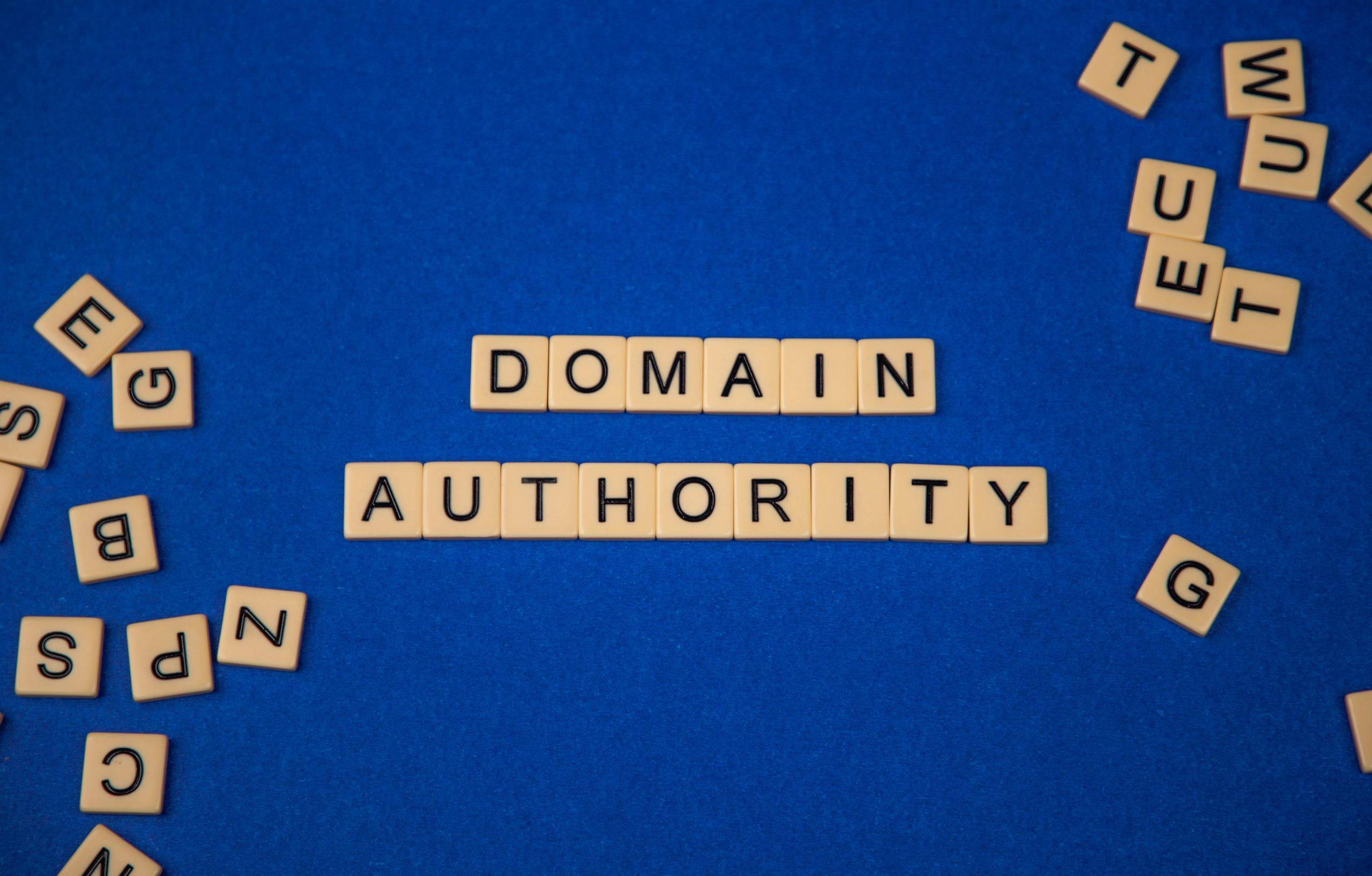 Domain authority written with scrabble