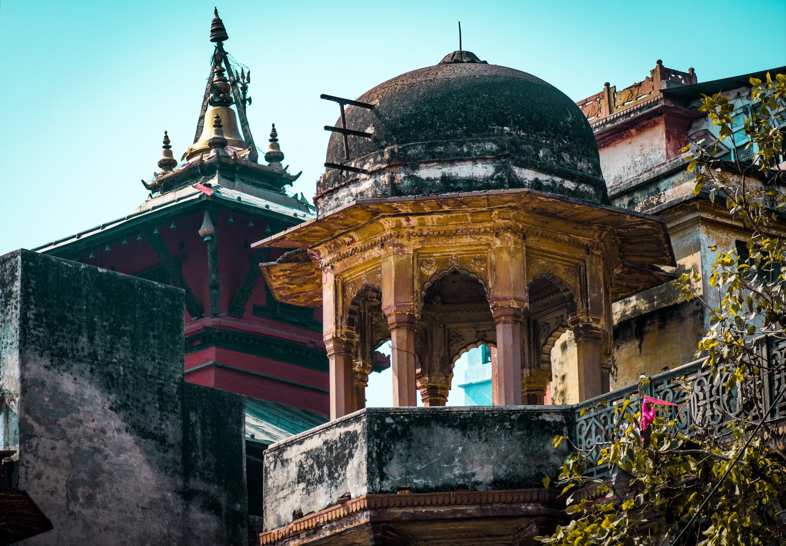 Dome architecture of a temple