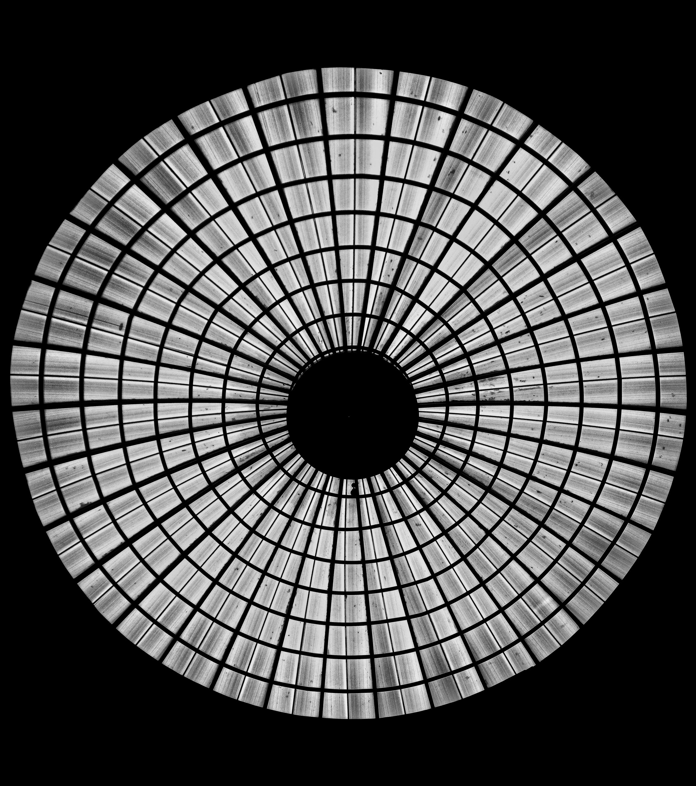 Circles with lines in black and white