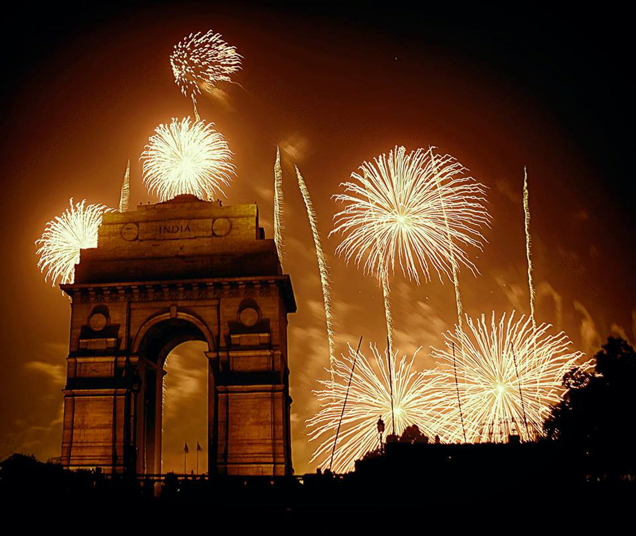 fireworks at india gate
