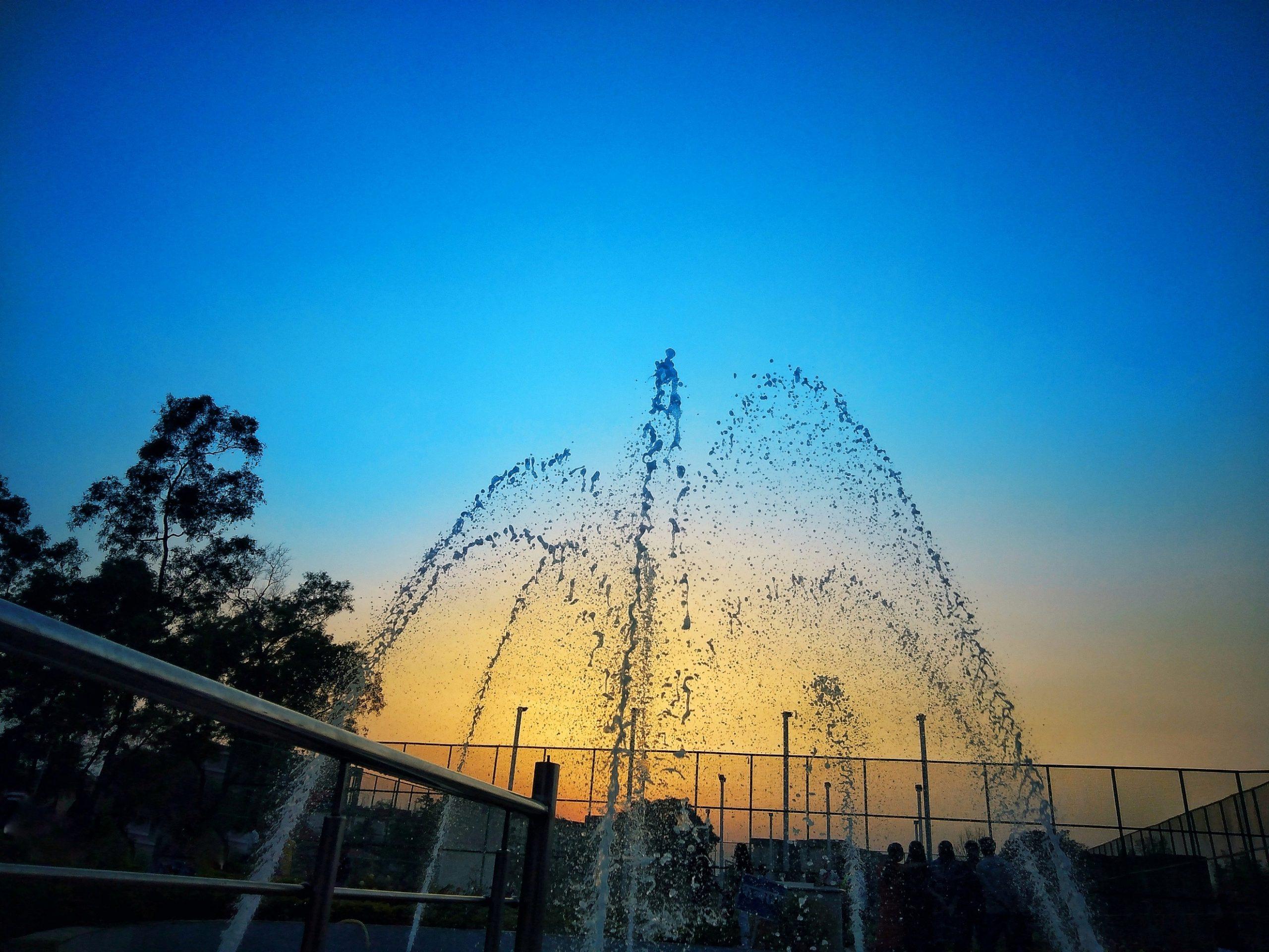 Fountain Water Splashing