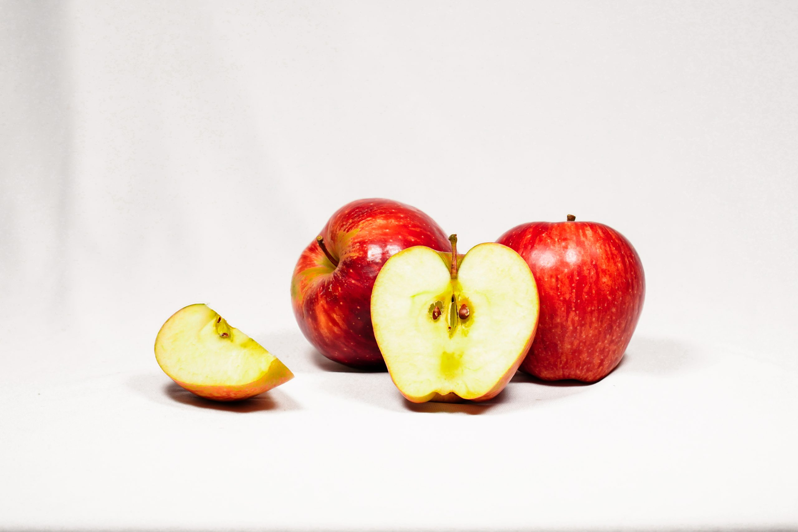 red and juicy apples