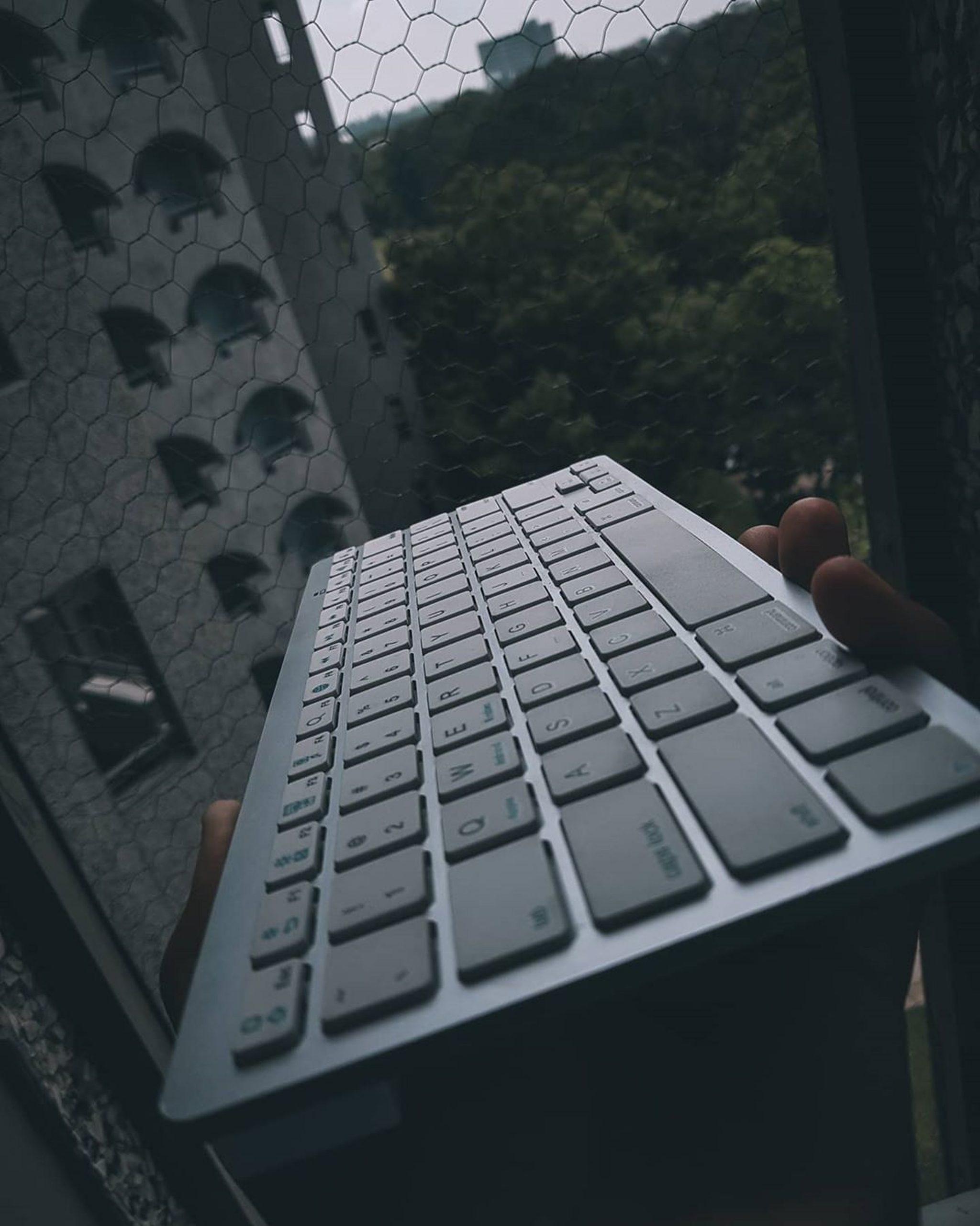 A wireless keyboard