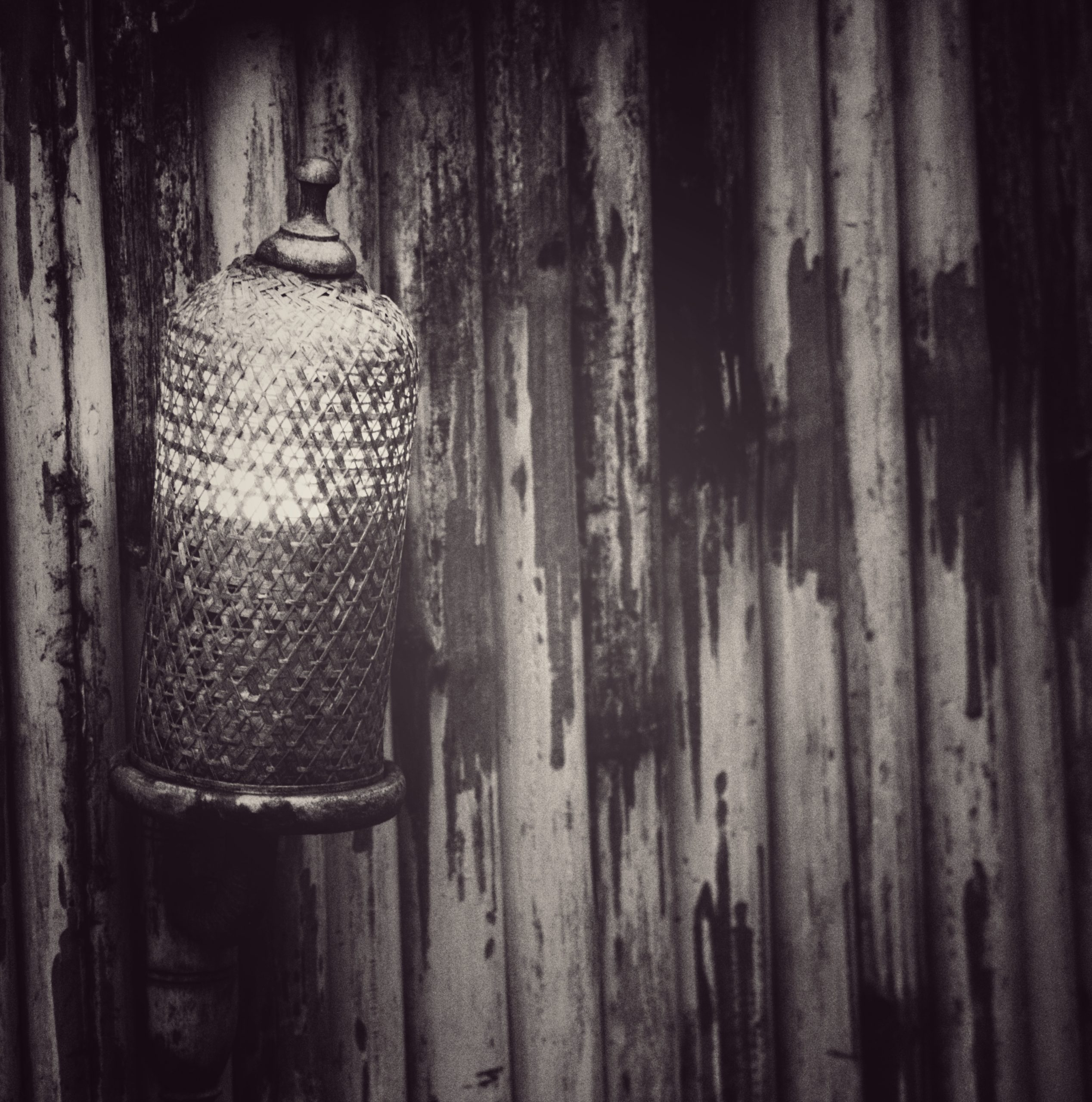 Lamp in black and white