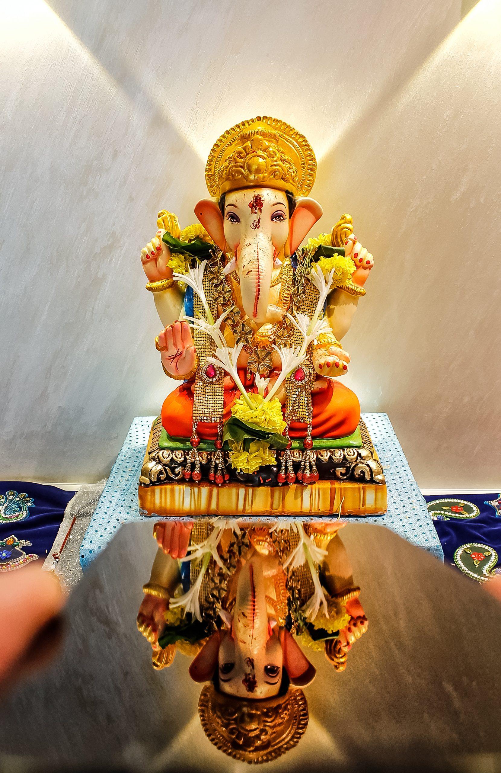 Lord Ganesha reflection on mobile screen