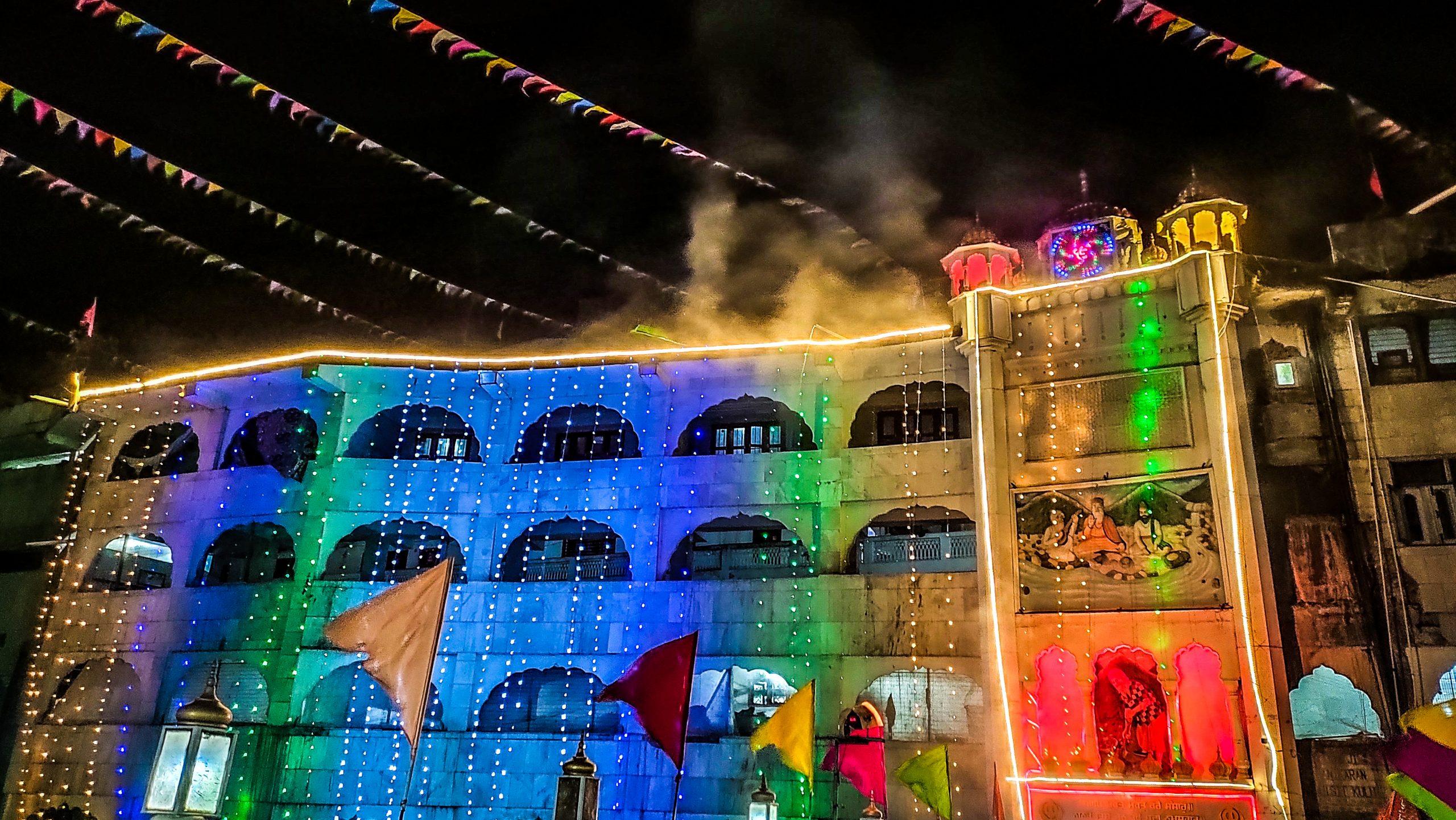 Manikaran Gurudwara during night