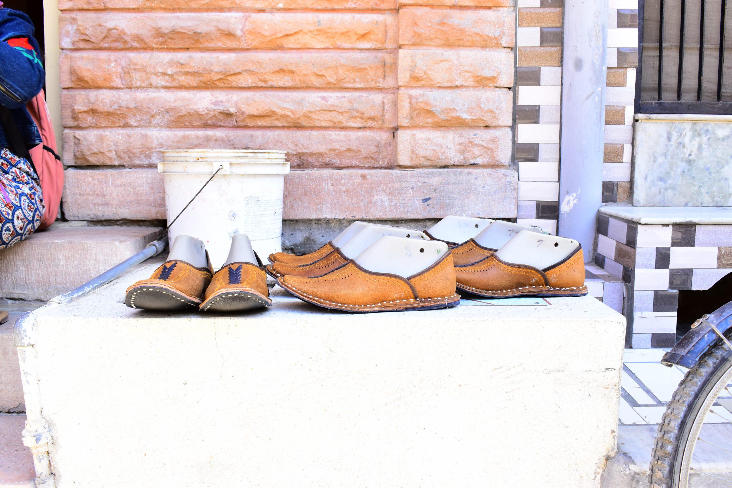 Mojari handcrafted footwear