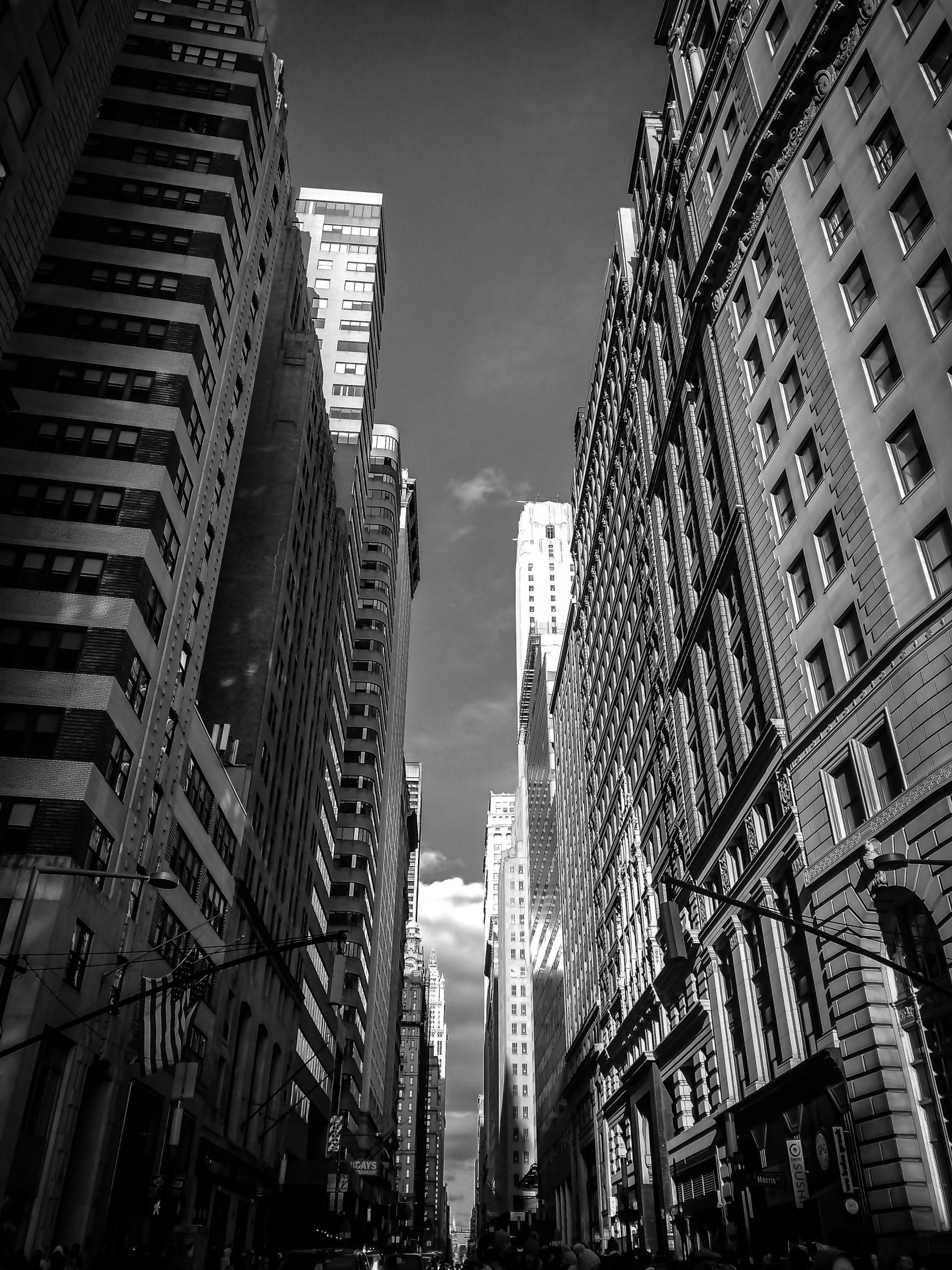 Monochromatic Buildings