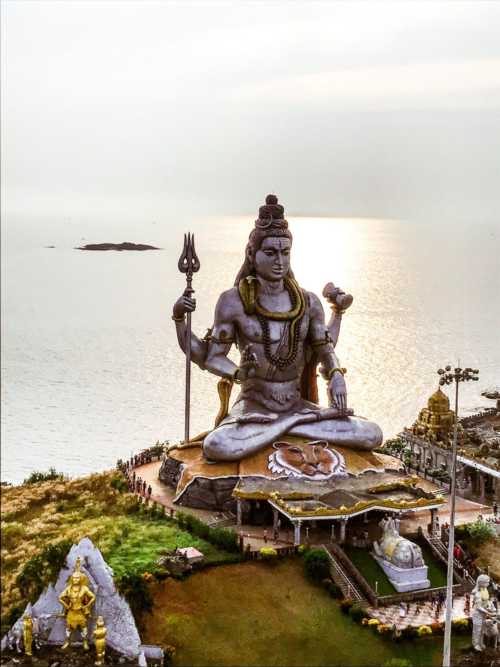 Statue and temple of lord Shiva in Murudeshwar, India.