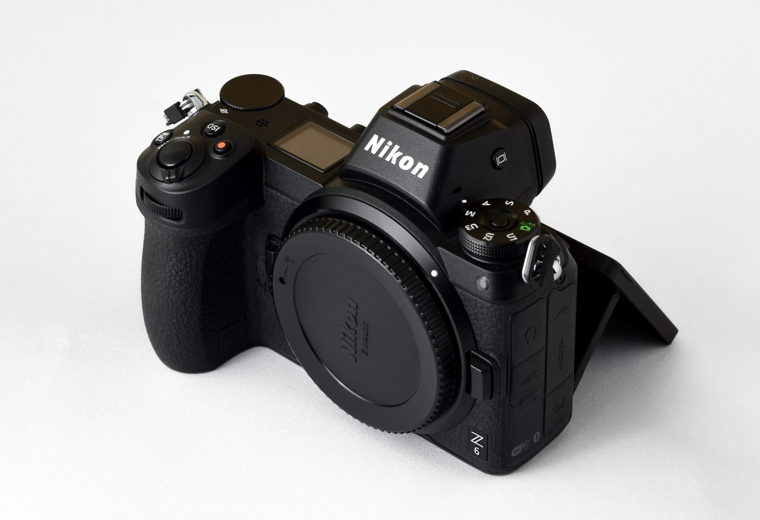 Nikon Mirror less interchangeable-lens camera