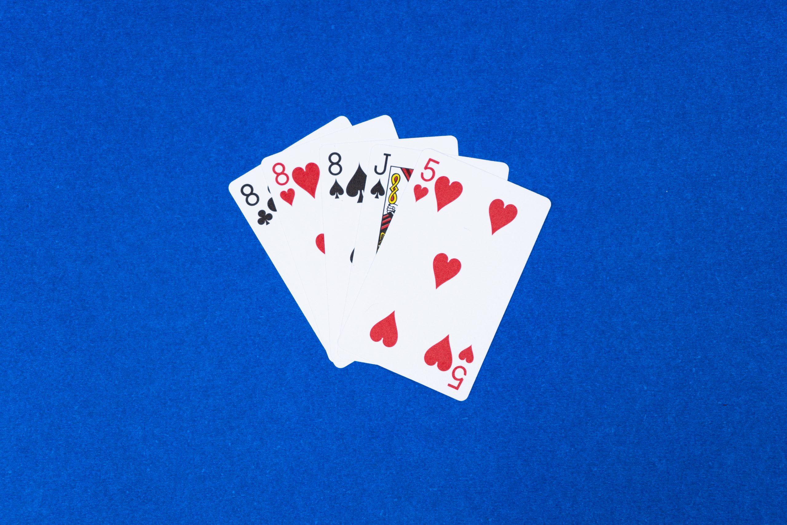 Poker Three of a kind hand