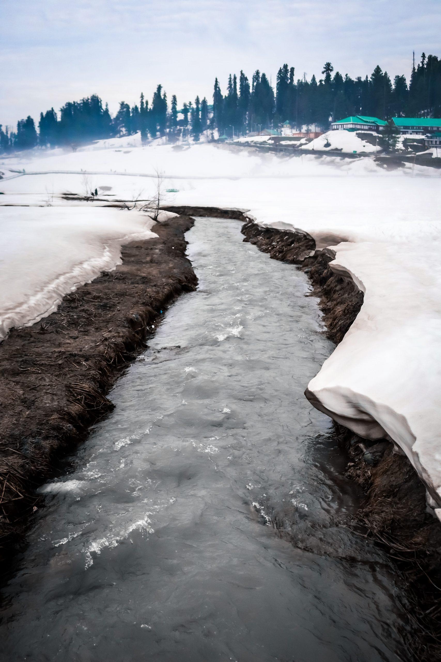 Snowing Beauty of Kashmir