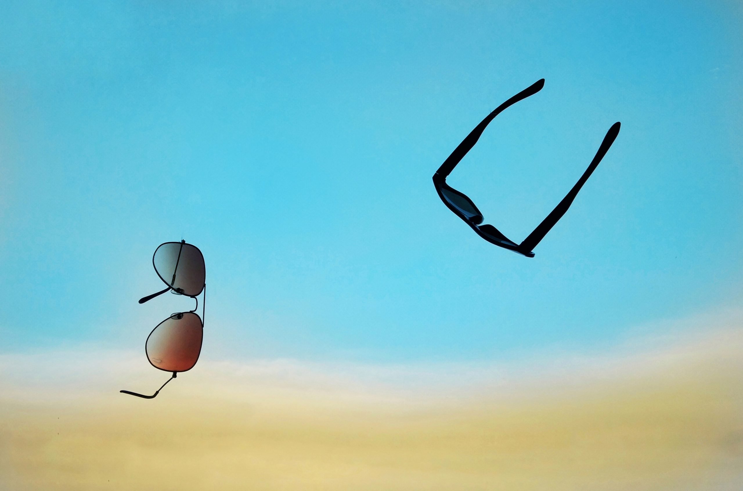 Spectacles in air