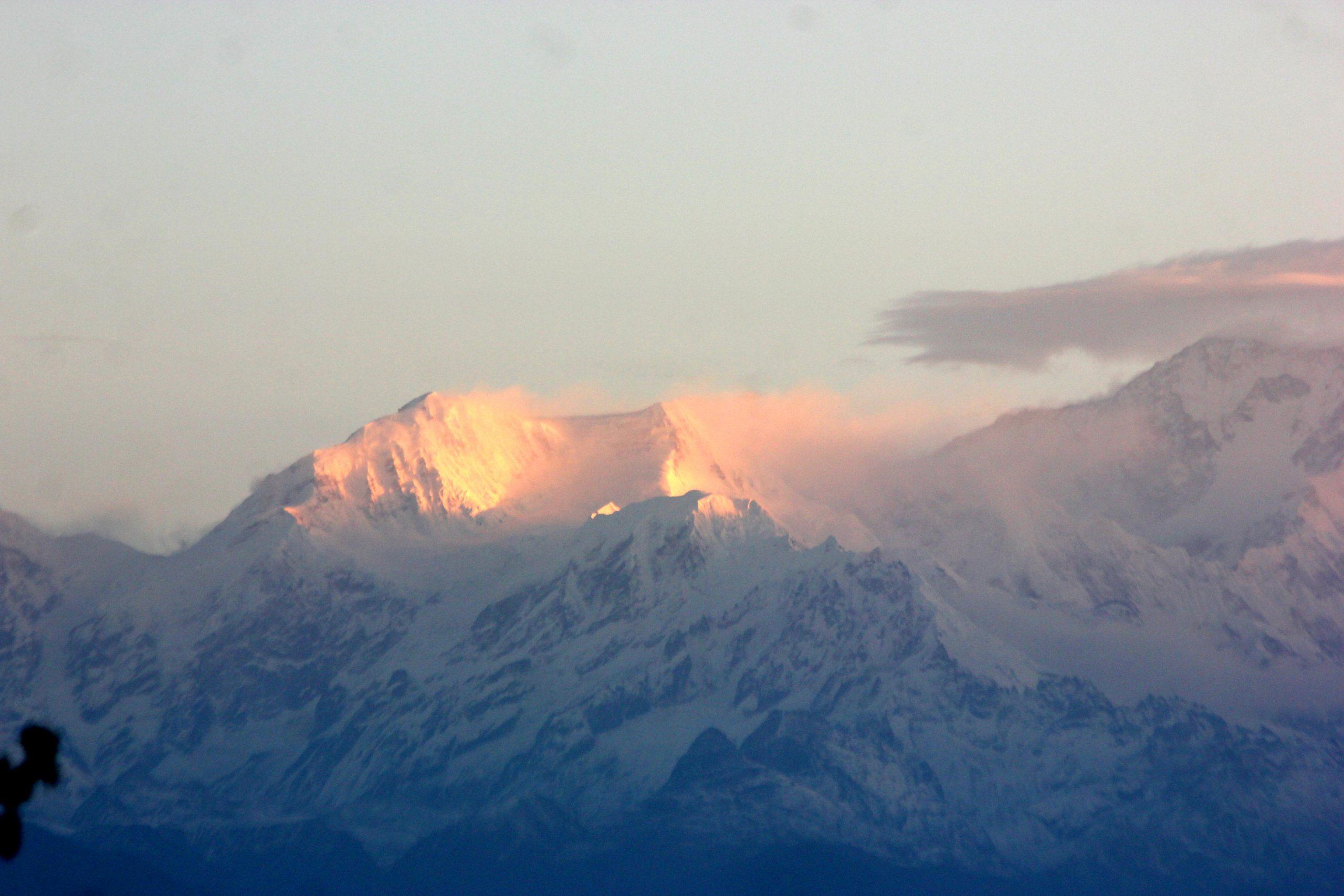 Sun rays in Kanchenjunga