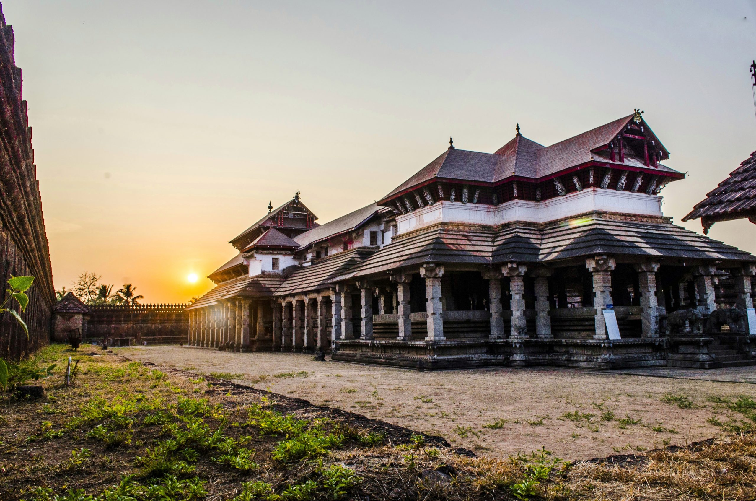 Thousand Pillar Temple, Moodbidri