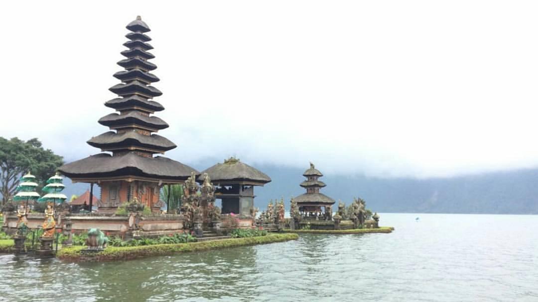 Ulun Danu Tamblingan Temple