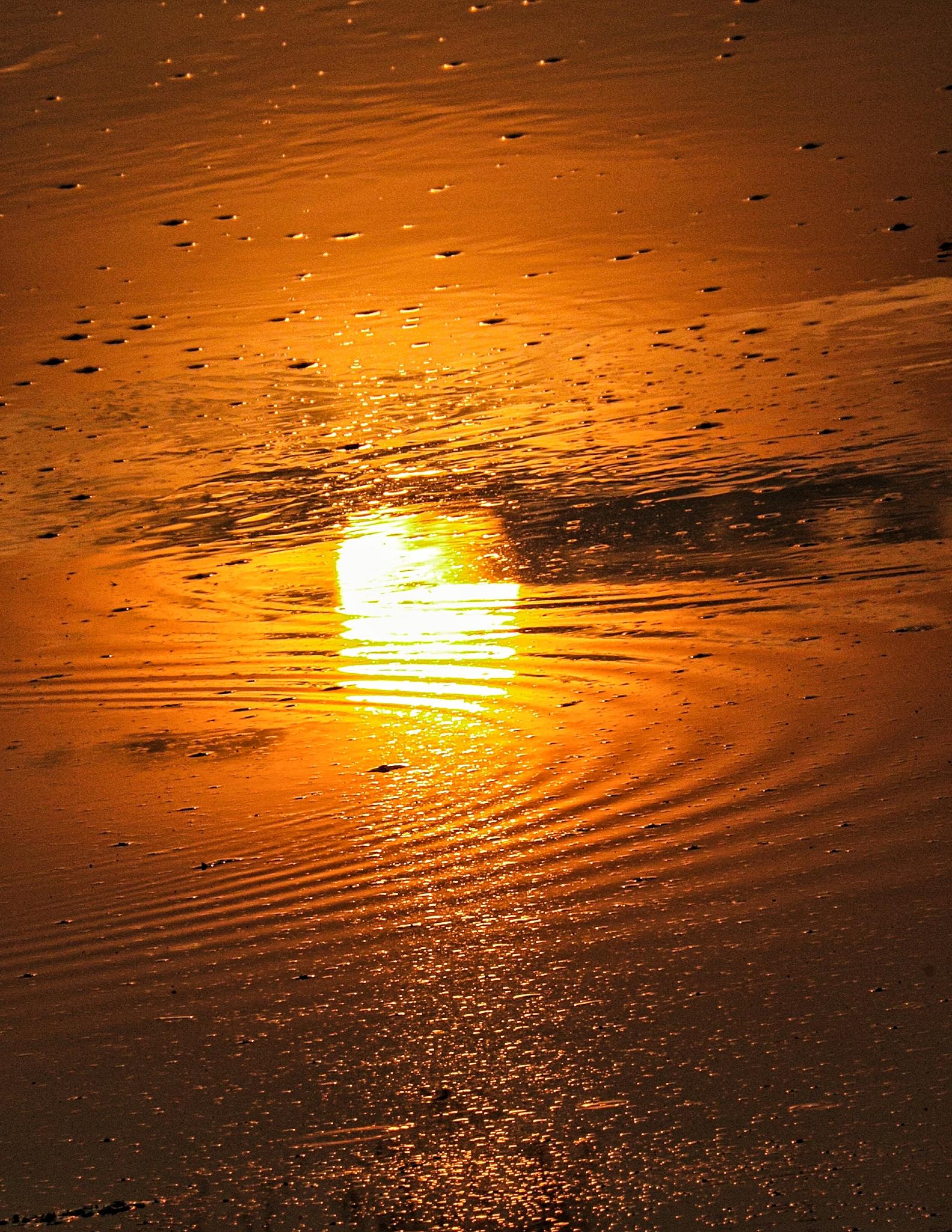 Sun reflection in water