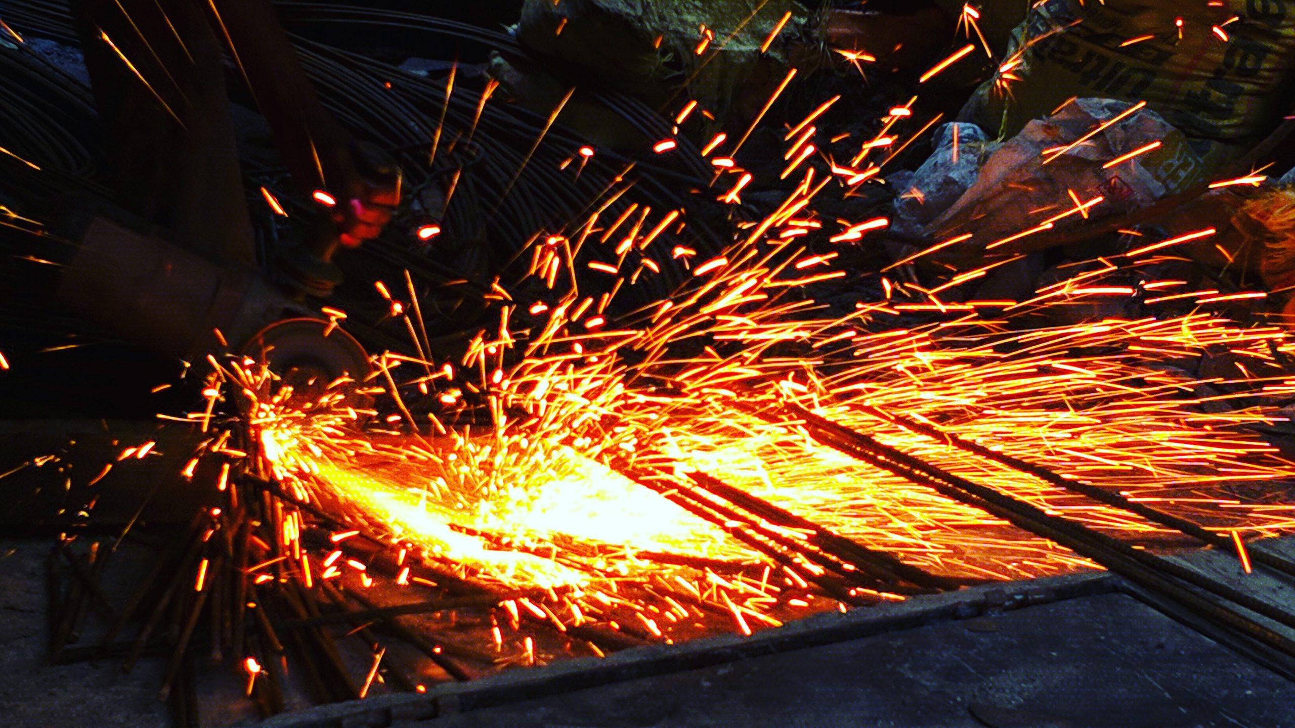 Welding work on metallic structure