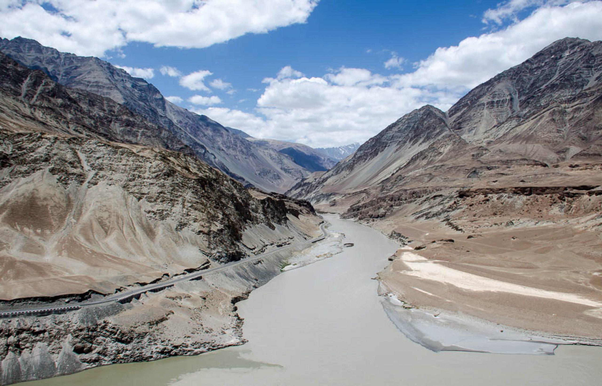 Beautiful Zanskar River, Leh.
