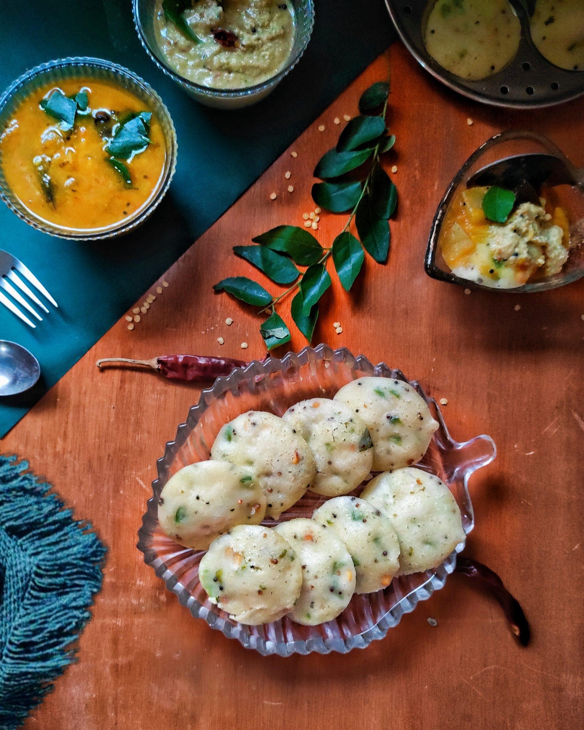 instant rava idli with sambhar and coconut chutney