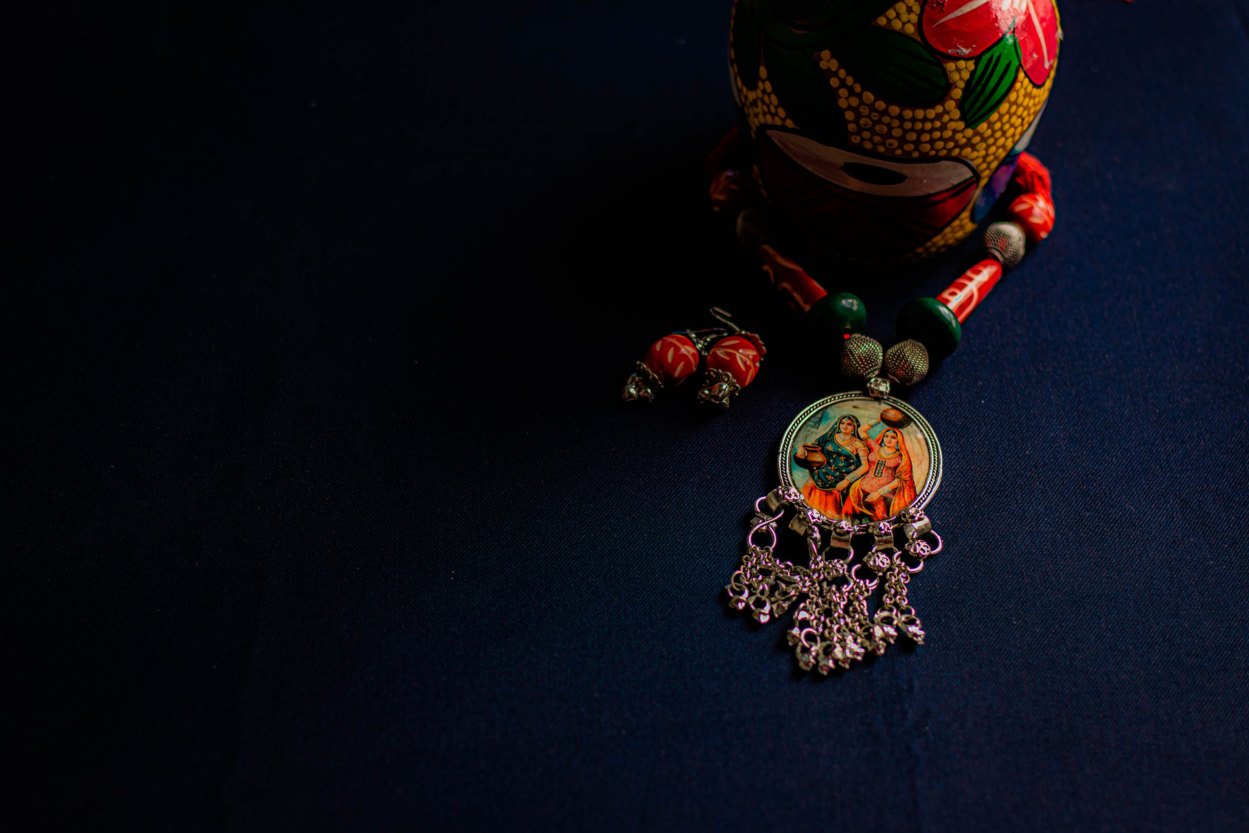 An traditional necklace and earrings