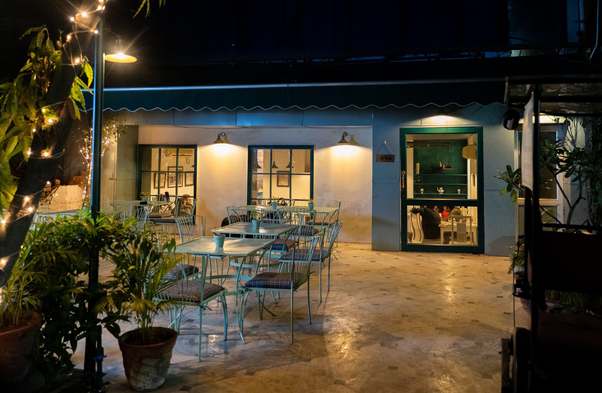 Café Sitting Area