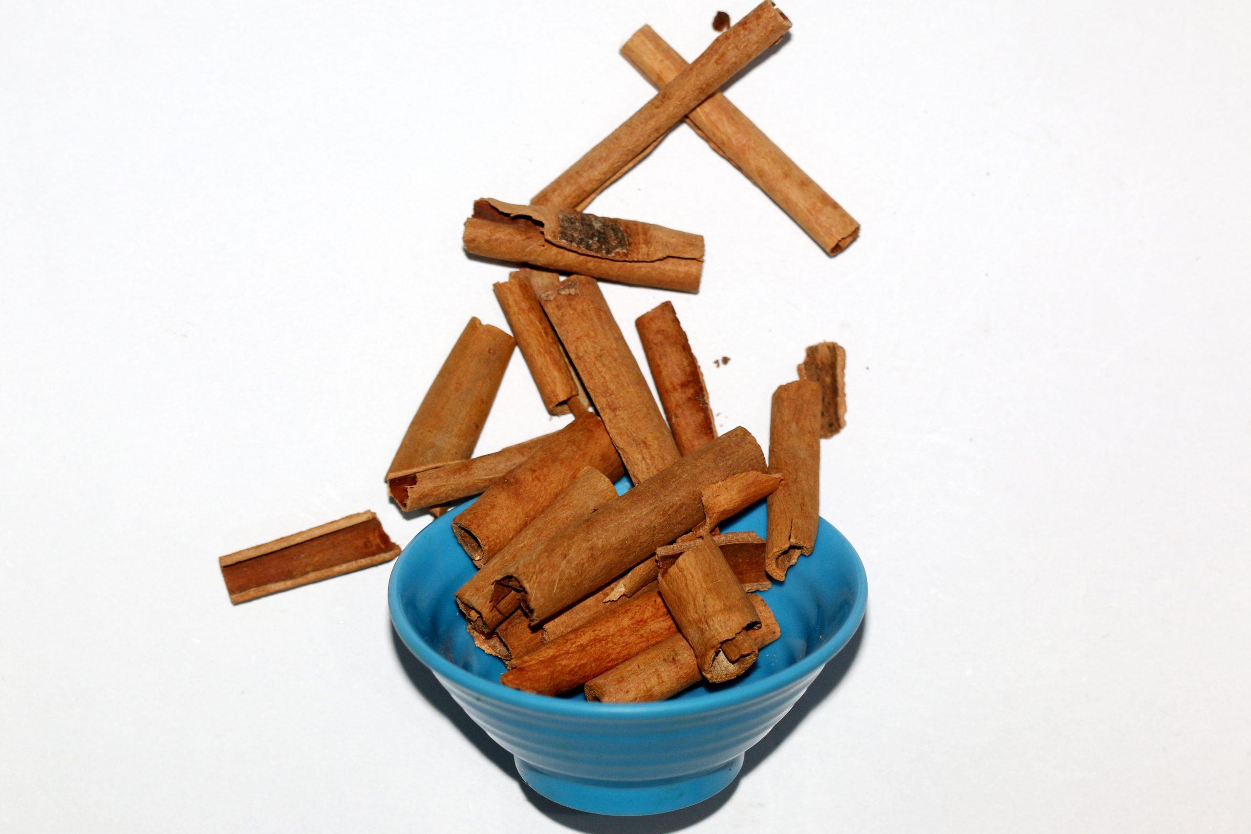 Cinnamon pieces in a bowl