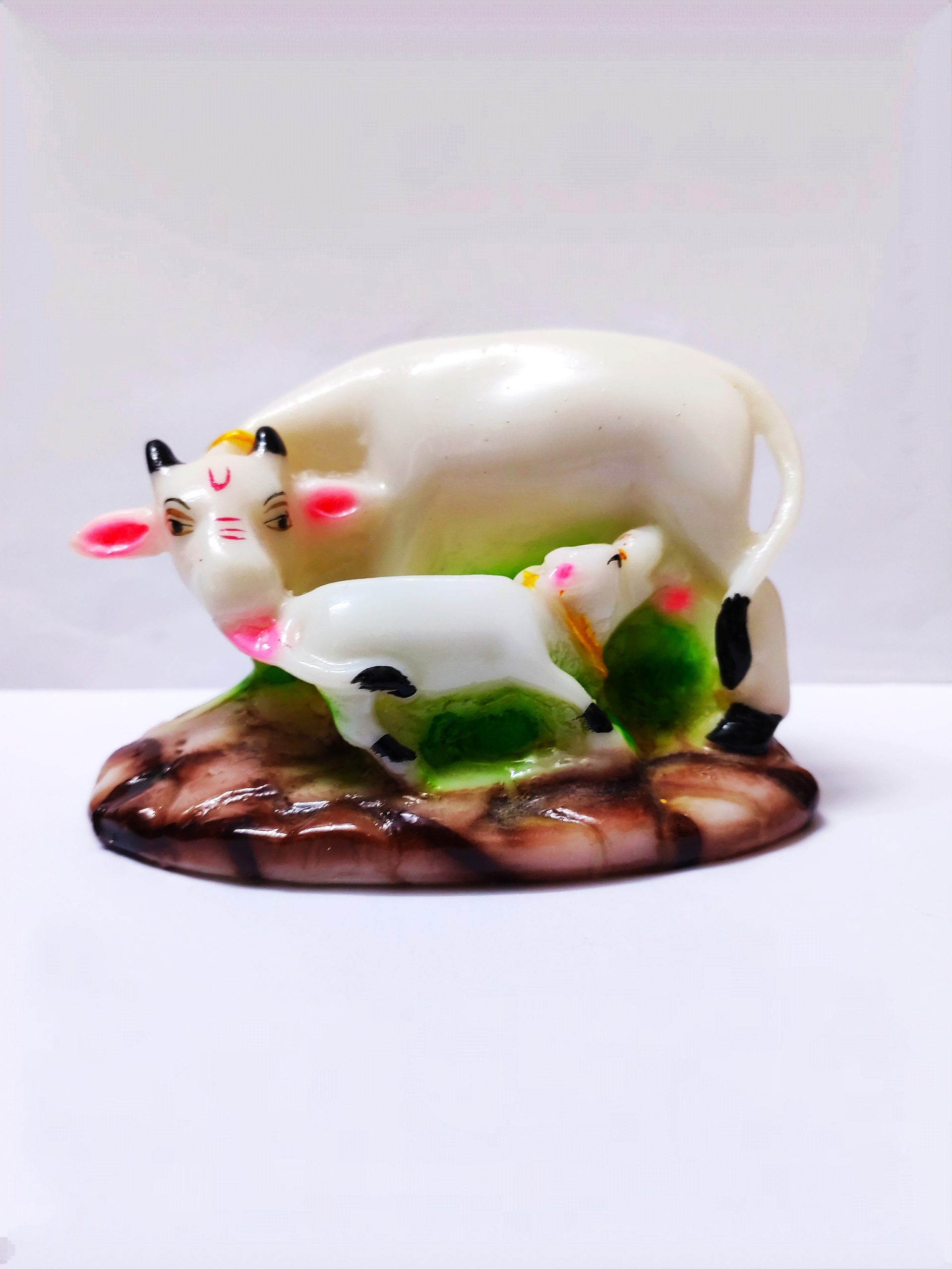 Cow and calf statue